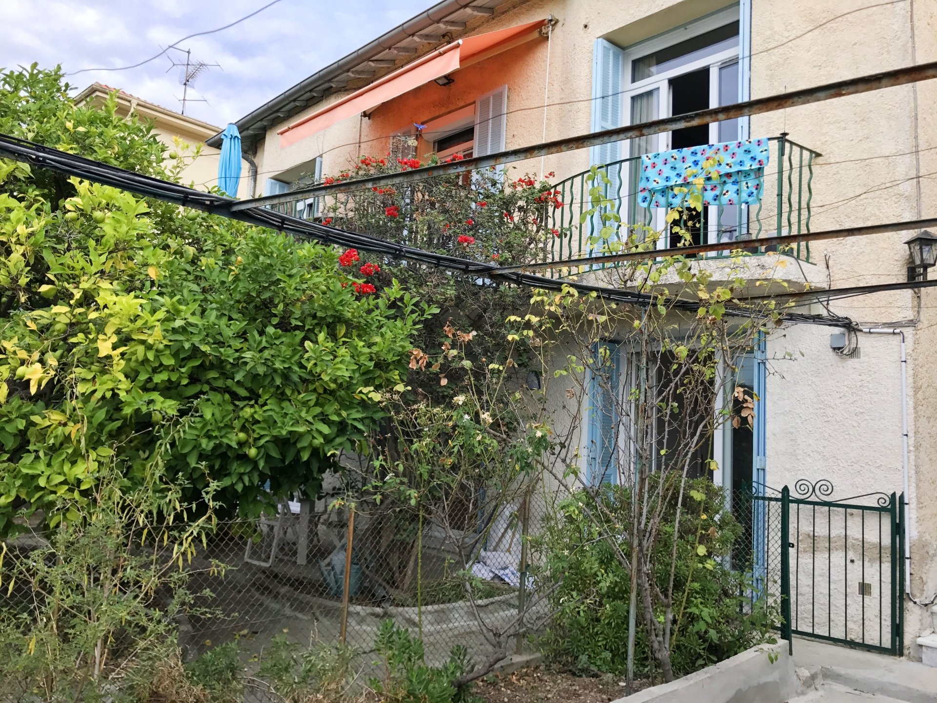 COLLINES NICE NORD Rez-de-villa Jardin Garage 1220 €