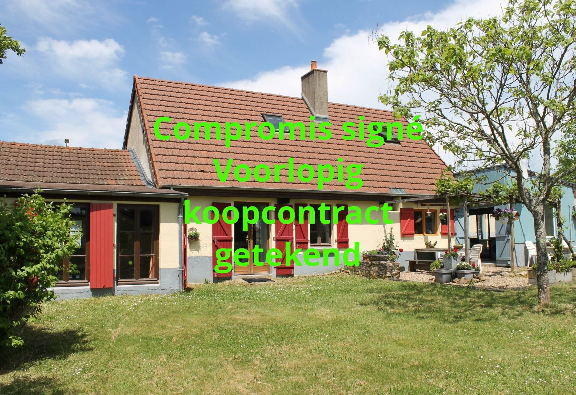 Gerenoveerd huis met uitzicht te koop ten zuiden van Morvan