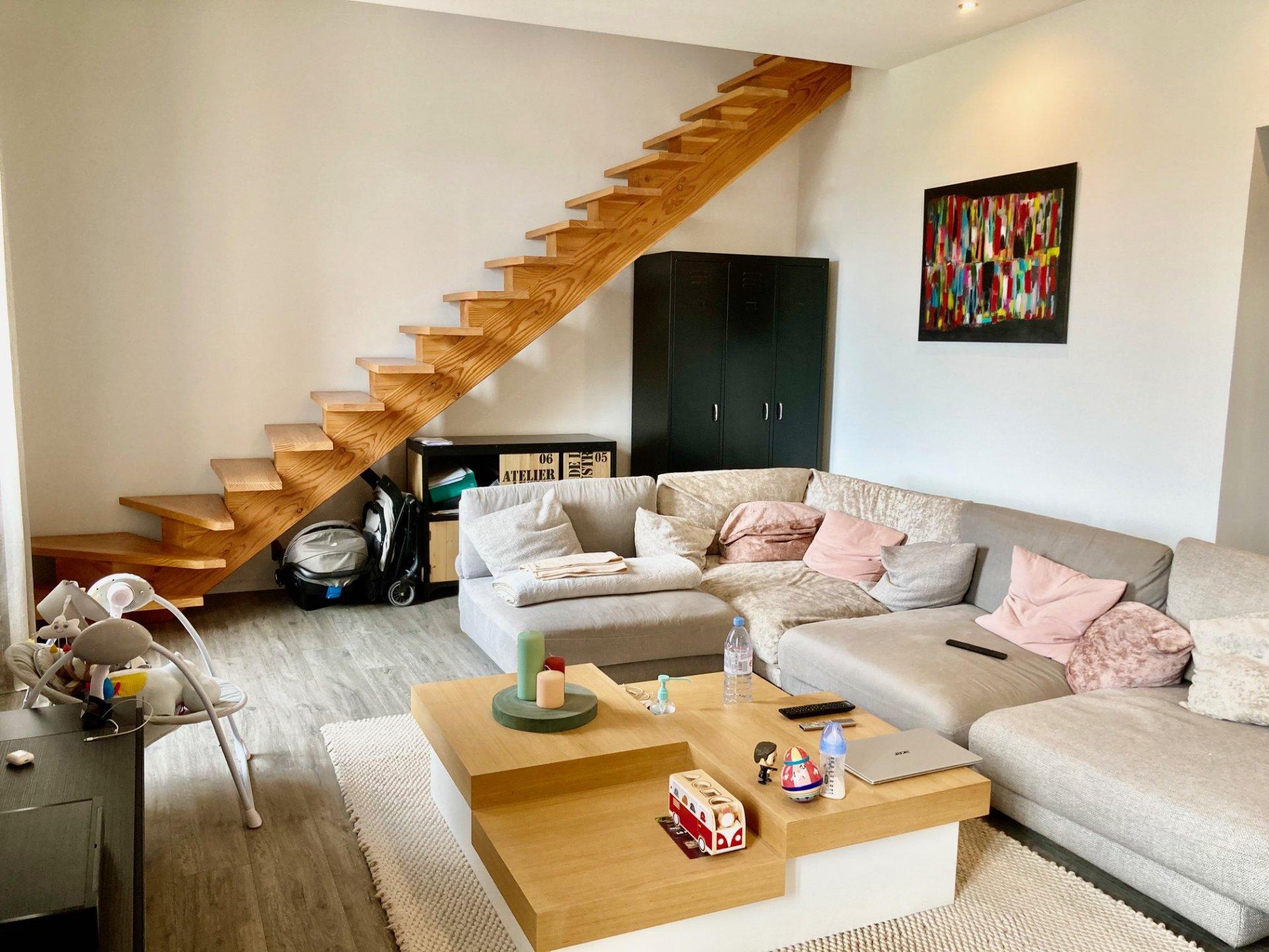 Appartement  de 3 pièces en excellent état et idéalement situé dans le centre de Mandelieu