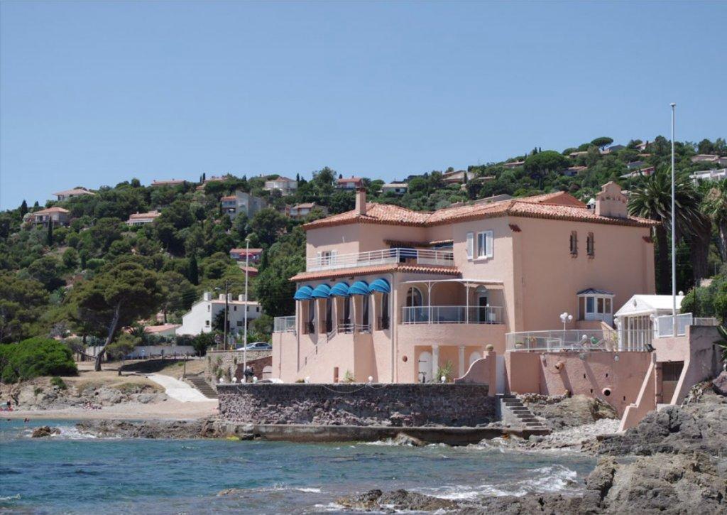 Vendita Casa - Roquebrune-sur-Argens Les Issambres - Francia