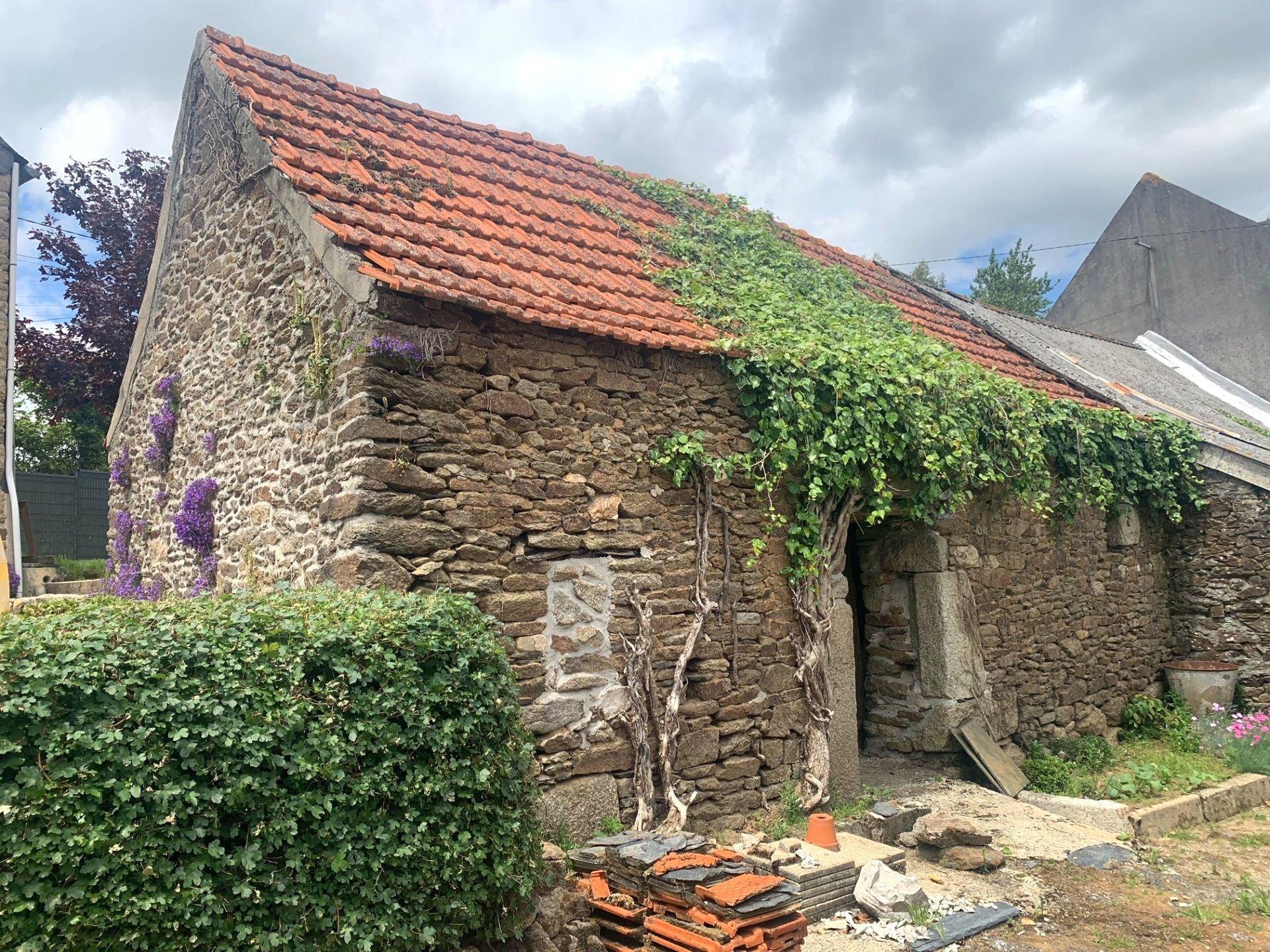 A VENDRE, Saint-Sauveur, Maison en pierres