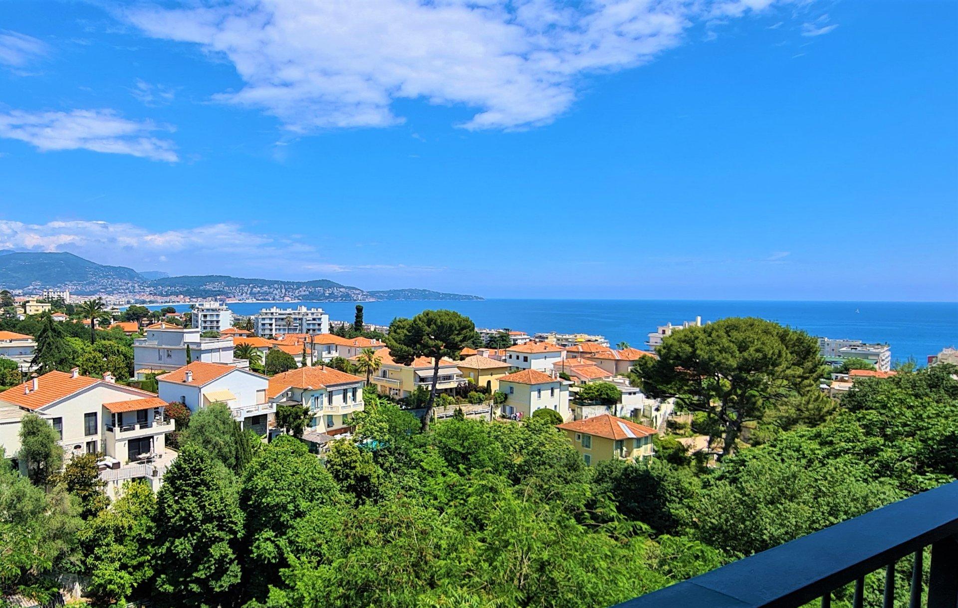 Nice Ouest - Superbe 4/5P rénové, terrasses, soleil et vues mer