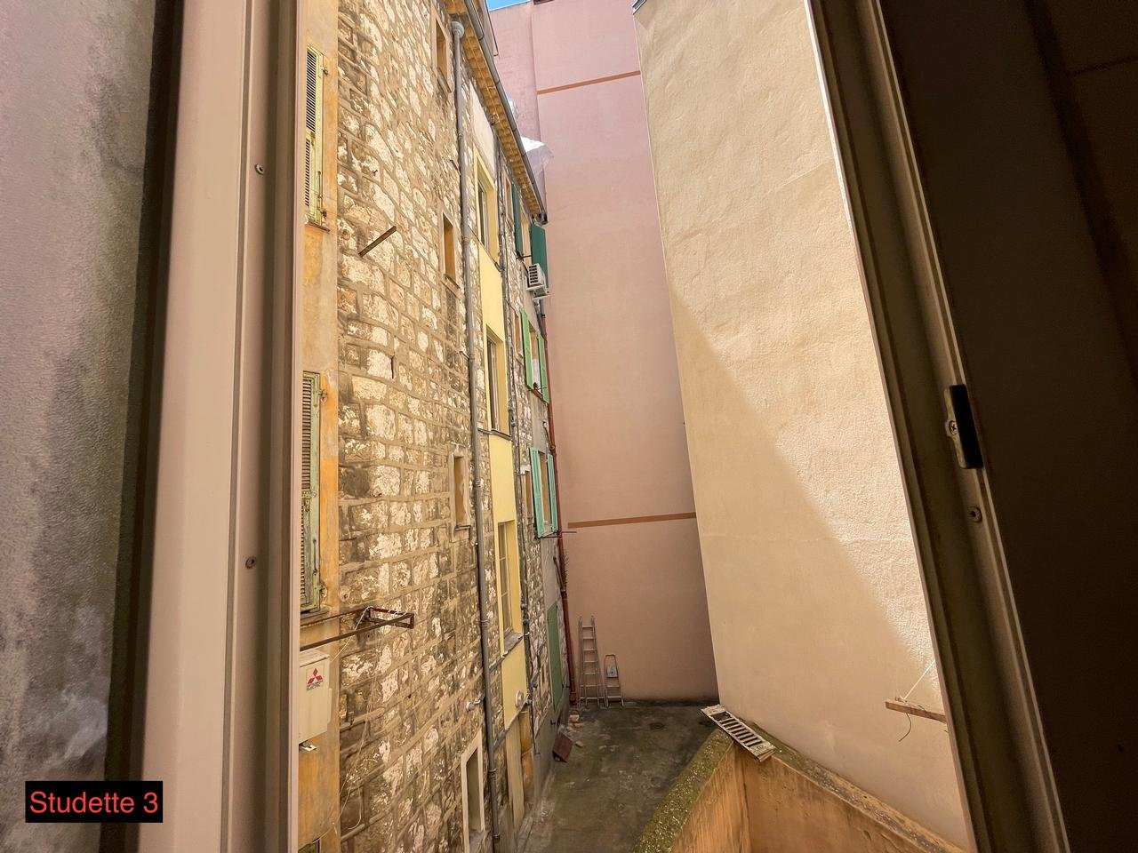 Appartement  1 Rooms 58.79m2  for sale   258000 €
