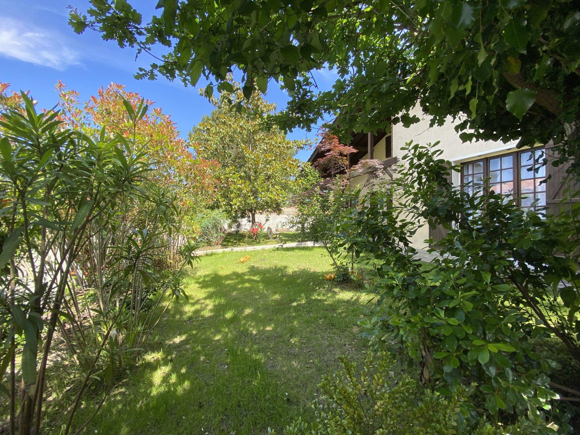 Sale House - La Teste-de-Buch