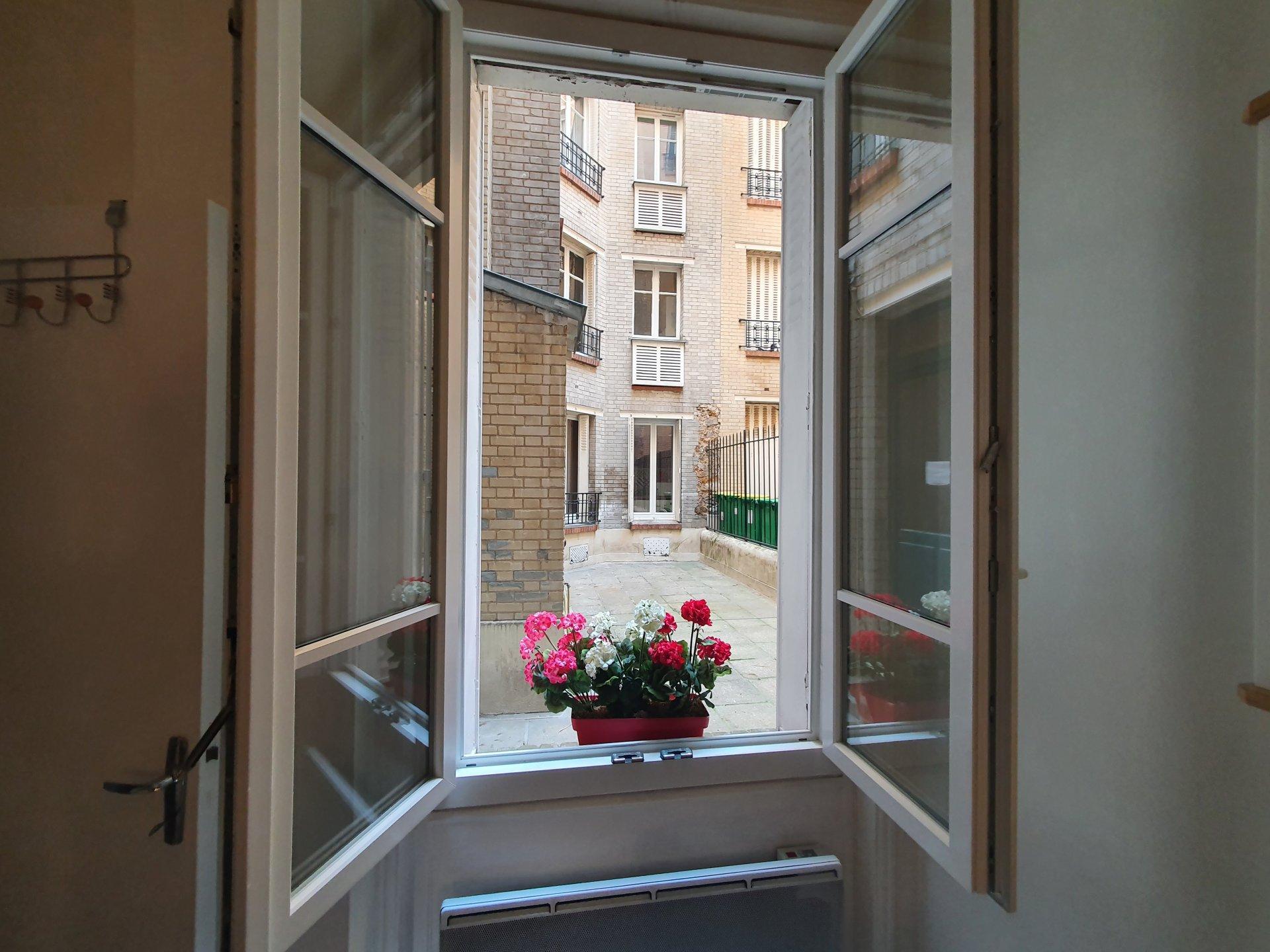 Sale Apartment - Paris 15th (Paris 15ème) Saint-Lambert