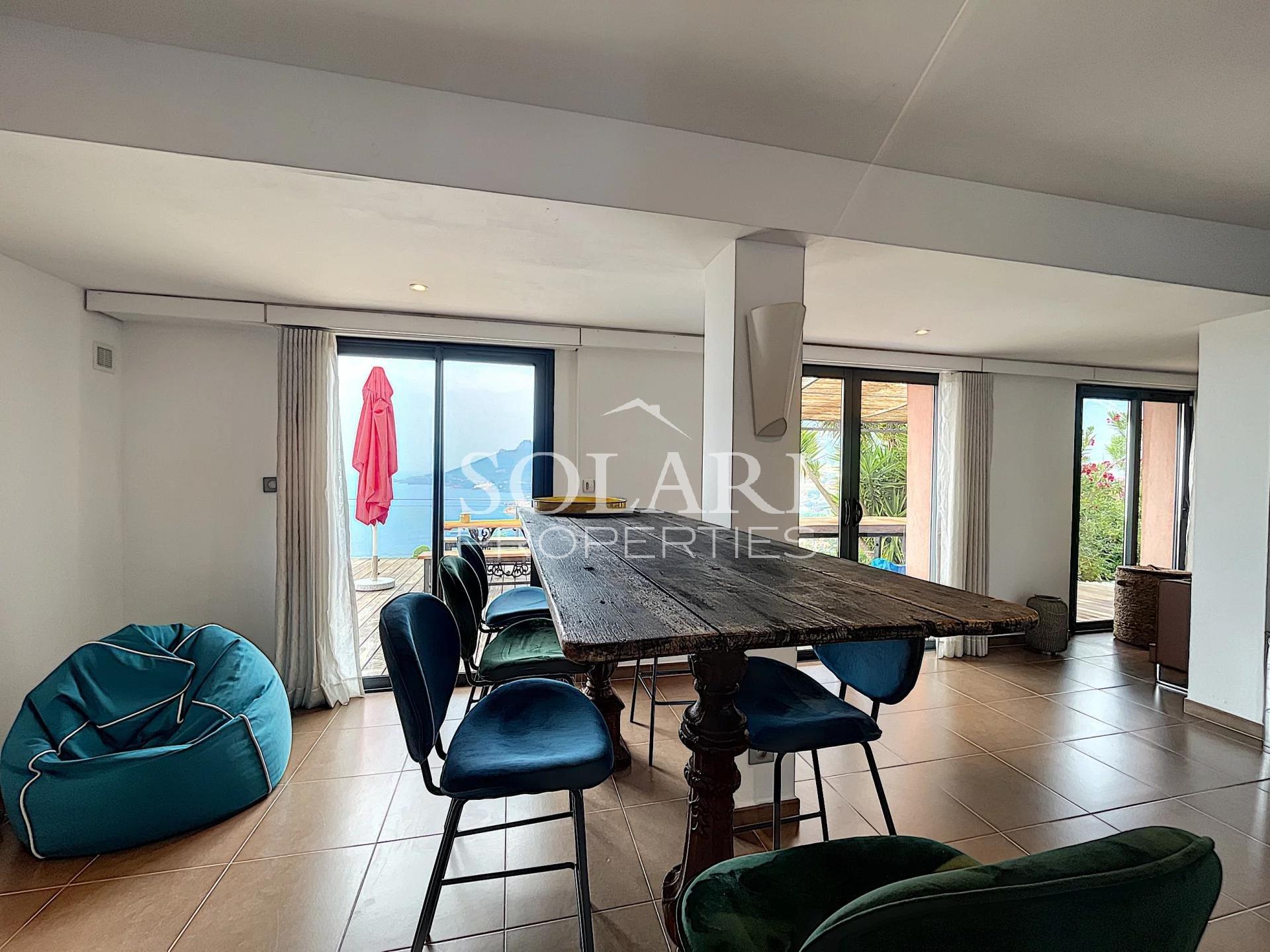 Superbe villa moderne avec vue mer panoramique à Théoule