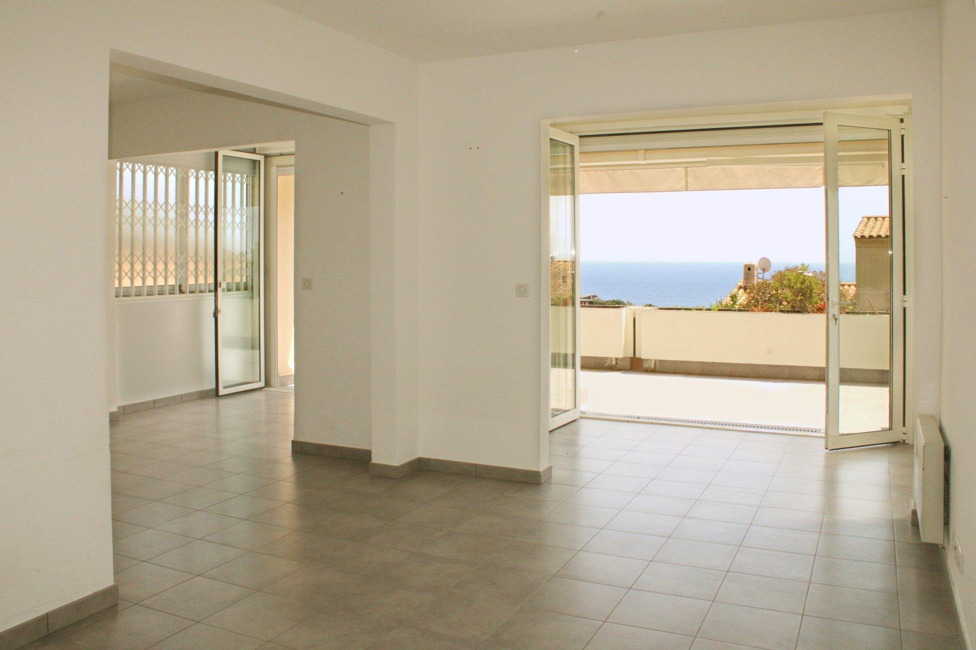 Begeisterung auf den ersten Blick für diese sehr schön renovierte 3-Zimmer Wohnung