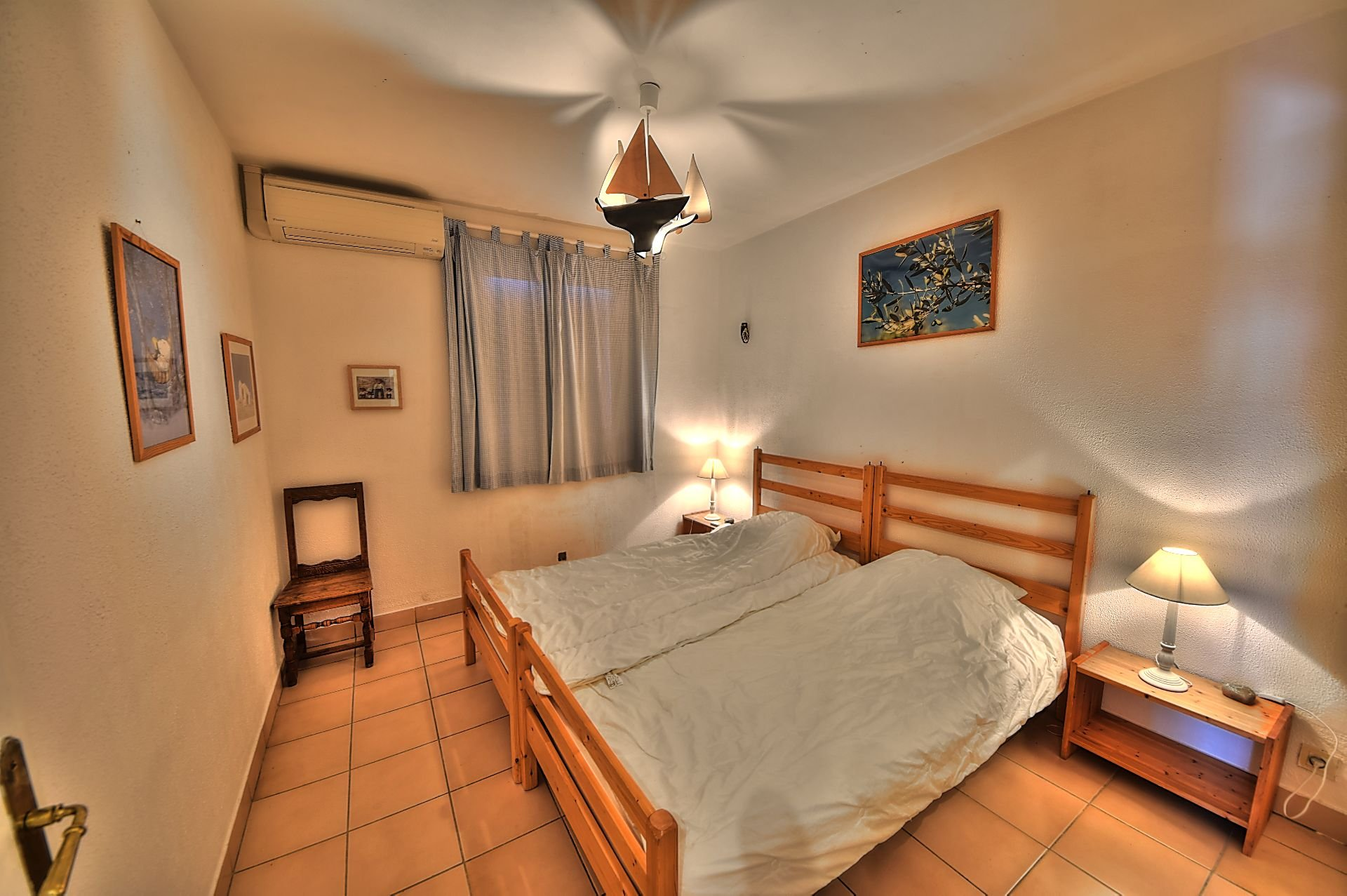 Bedroom 2 with air conditioning