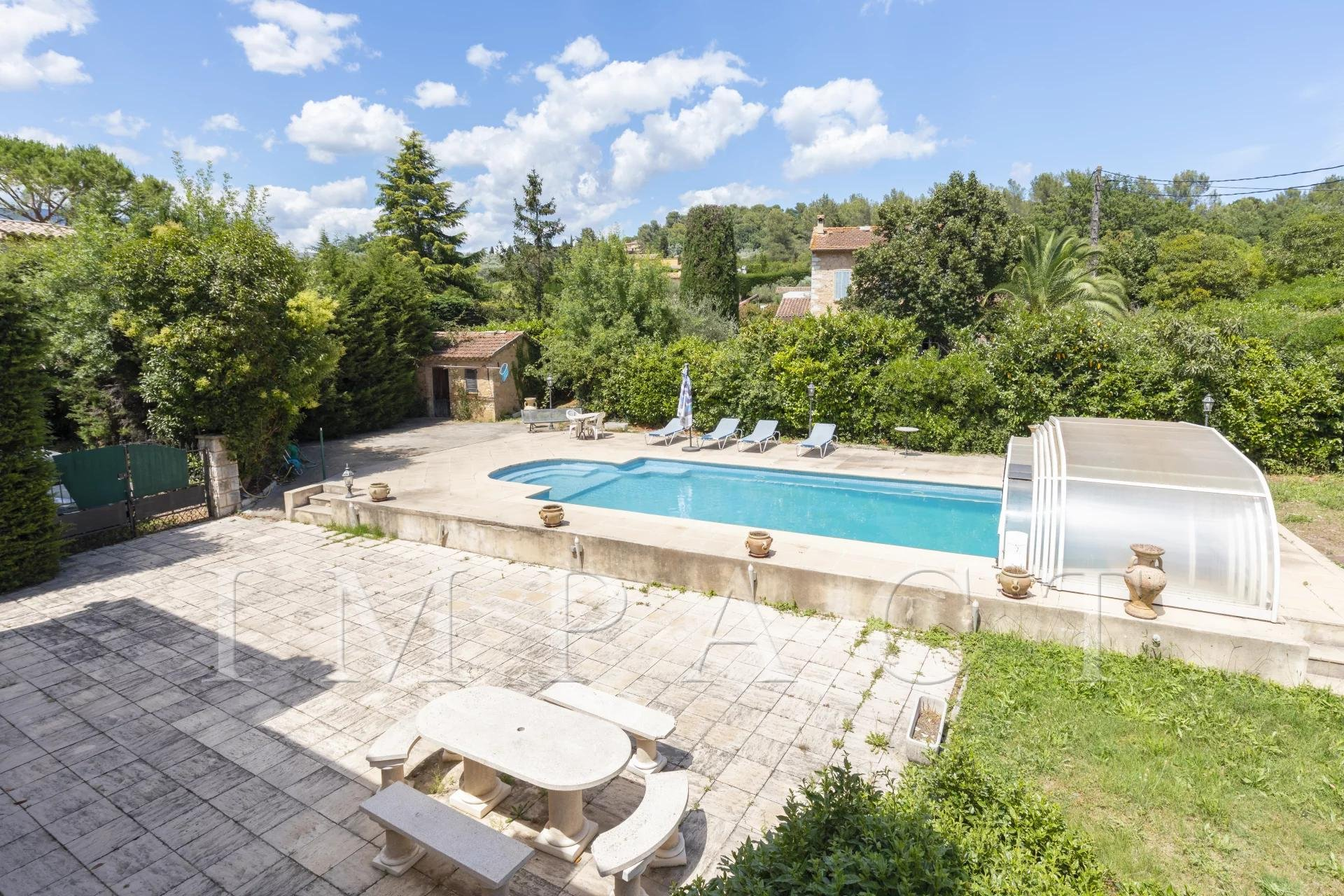 FOR SALE IN OPIO