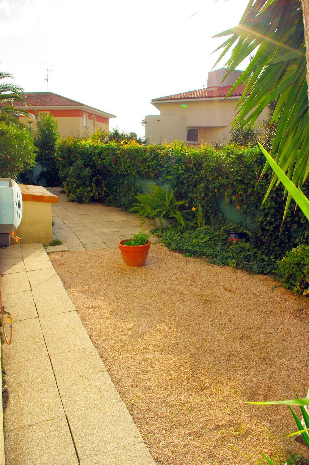 F2 rez-de-jardin à 160m des plages - Boulouris