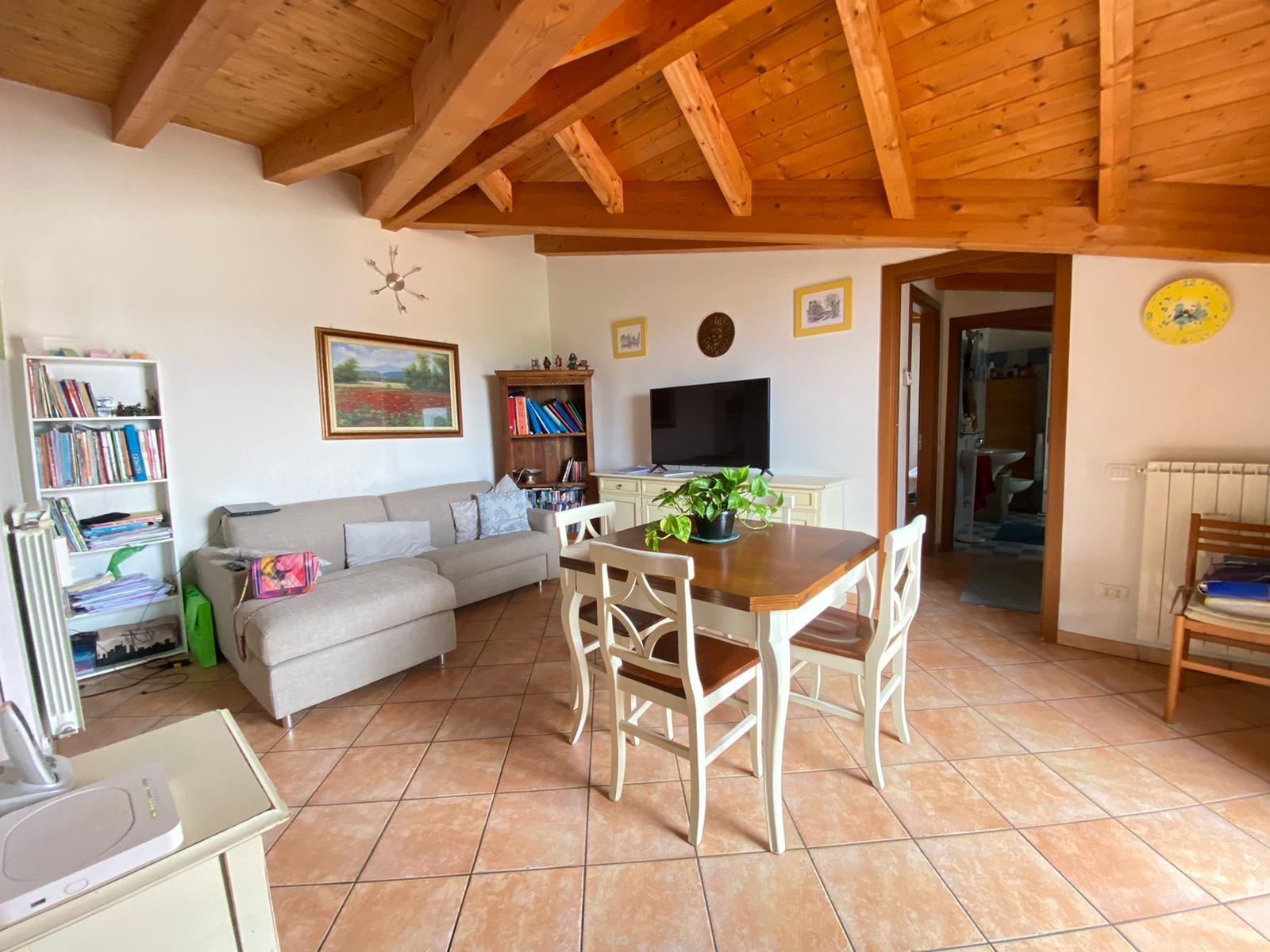Sale Apartment - Cadorago - Italy