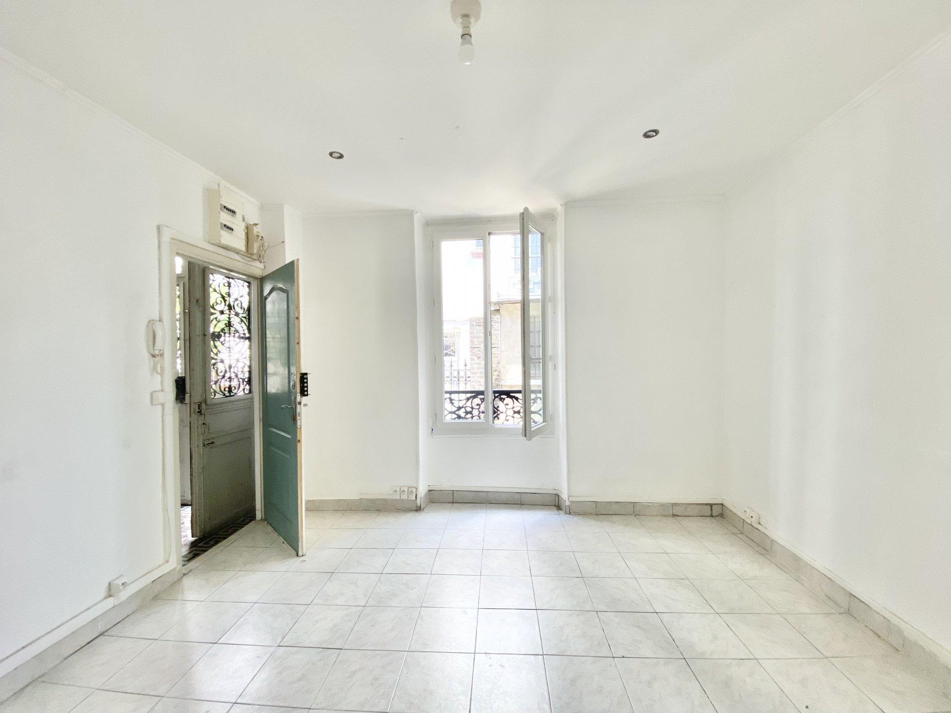 Sale Studio - Asnières-sur-Seine