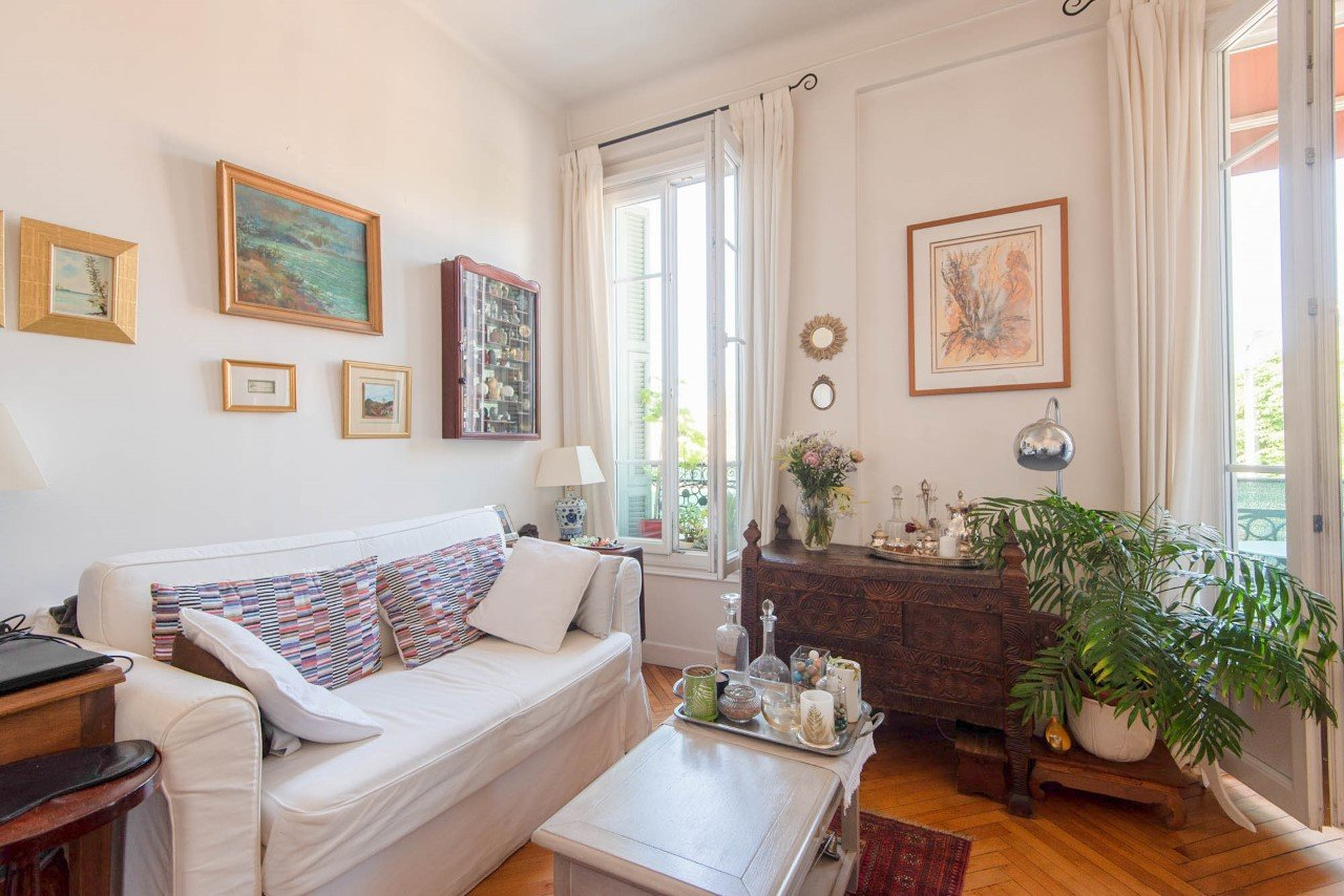 Riquier, Lovely two rooms apartment with balconies.