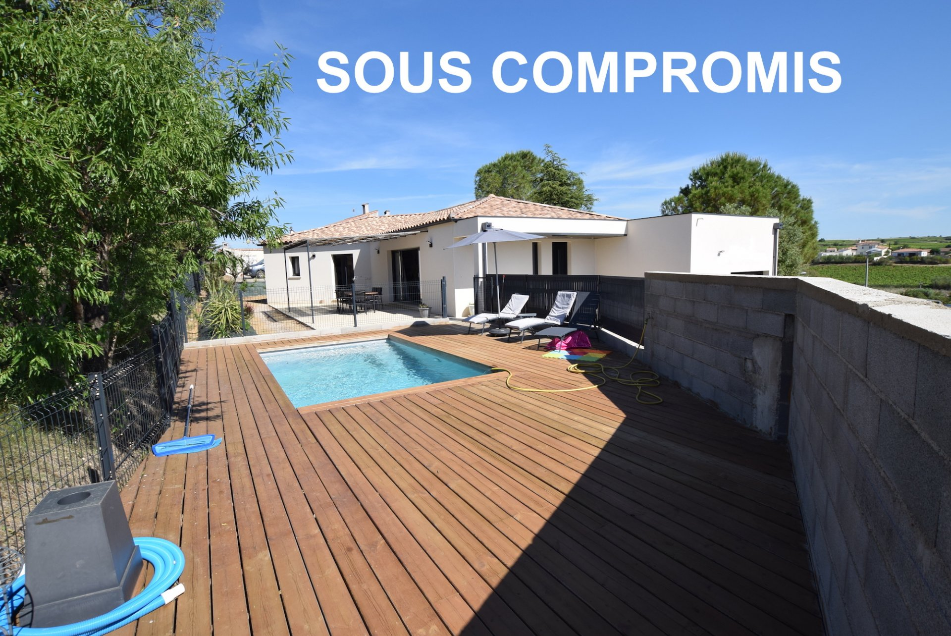 Maison récente avec piscine