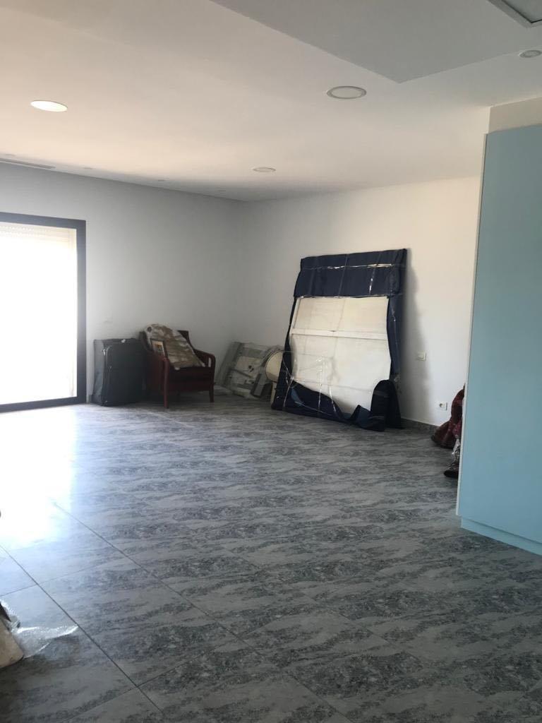 Location Bureau de 4 pièces 180 m² à La Marsa
