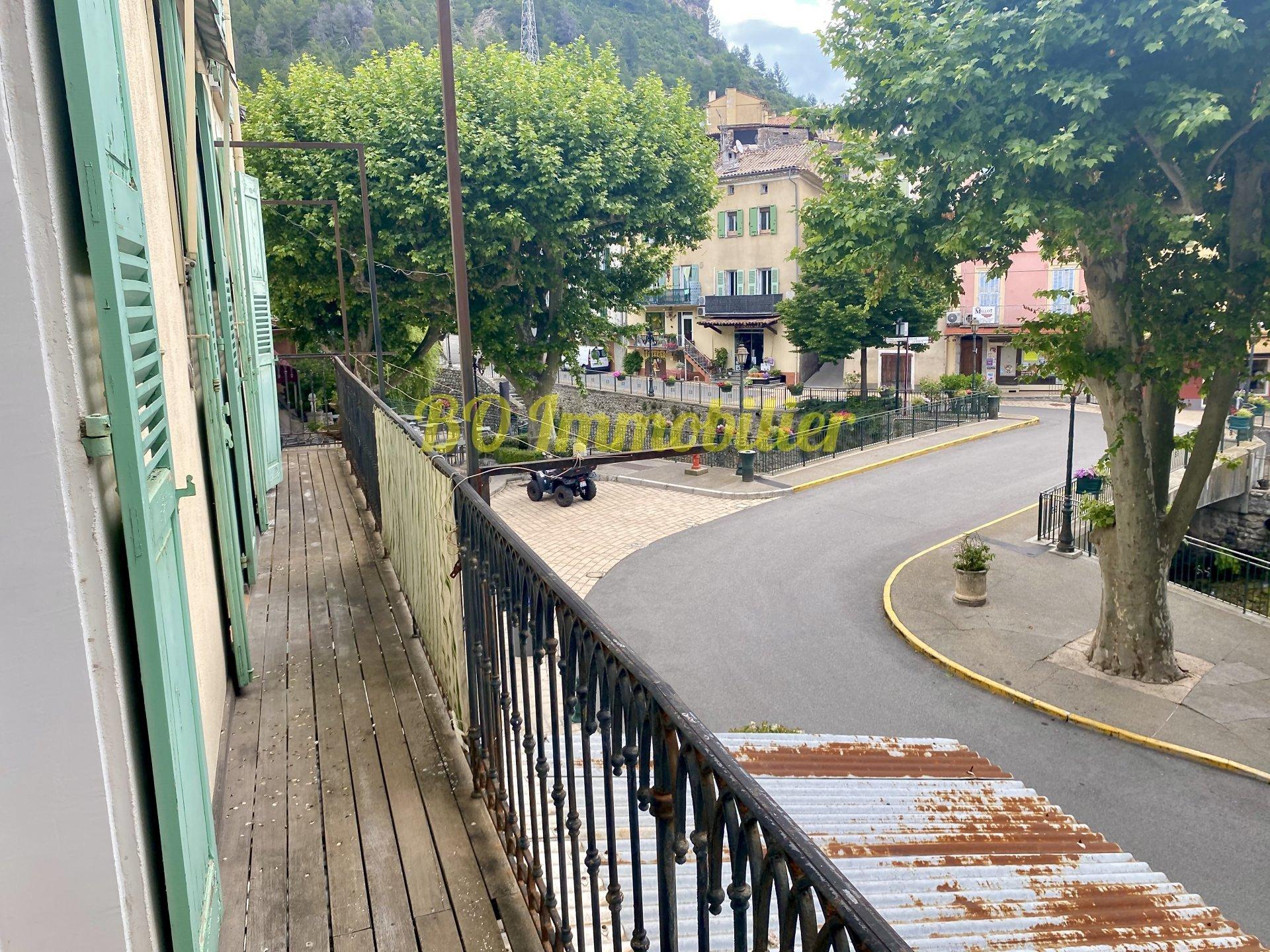 Agréable appartement 5P de 119 m2 avec balcon
