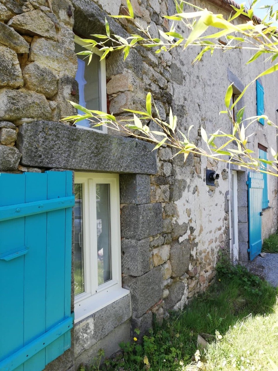Maison dans petit hameau proche du Dorat et de Bussière Poitevine