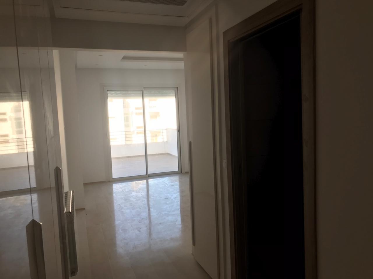 A vendre un appartement aux berges du lac 2