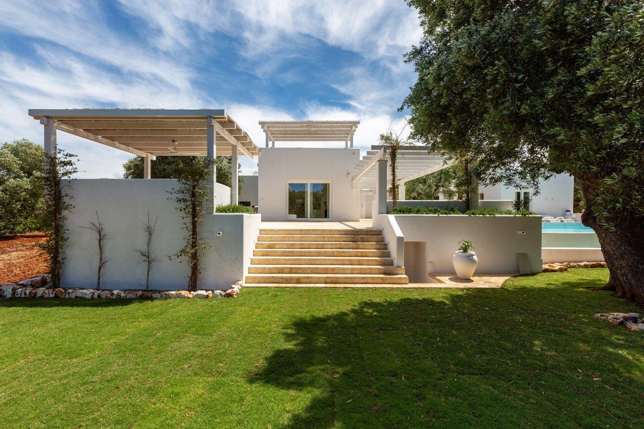 Villa mit 3 Schlafzimmern und Meerblick mit privatem Pool und Garten