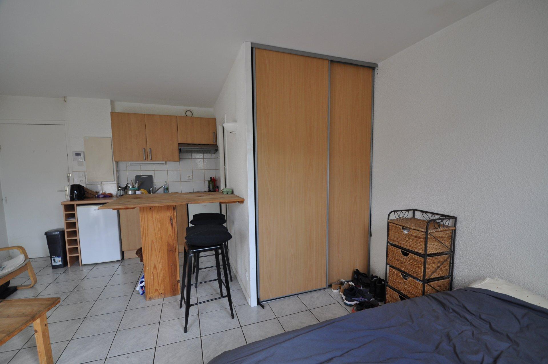 Studio Annecy Les Fins - cave et parking