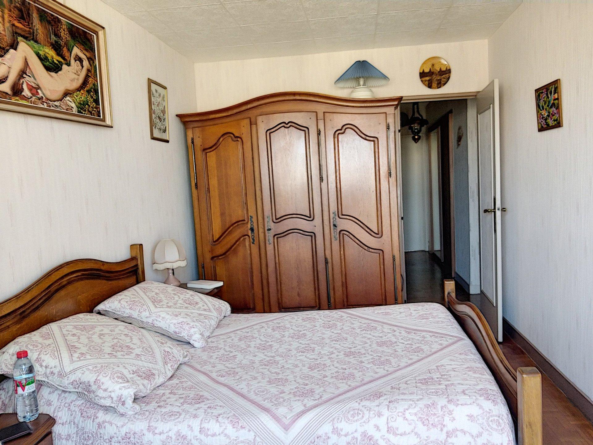 PARIS 20ème - Nation - Appartement 5 pièces+garage privatif-2 grands balcons
