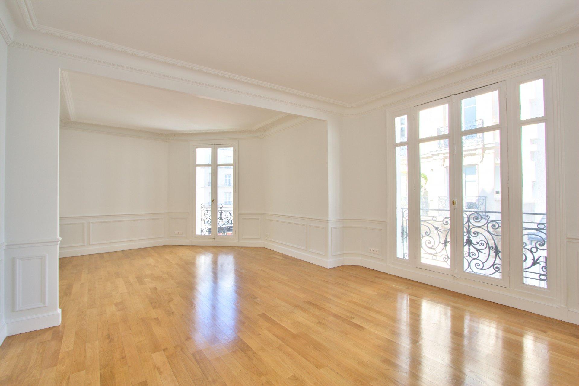 Rental Apartment Paris 17th Plaine-Monceau