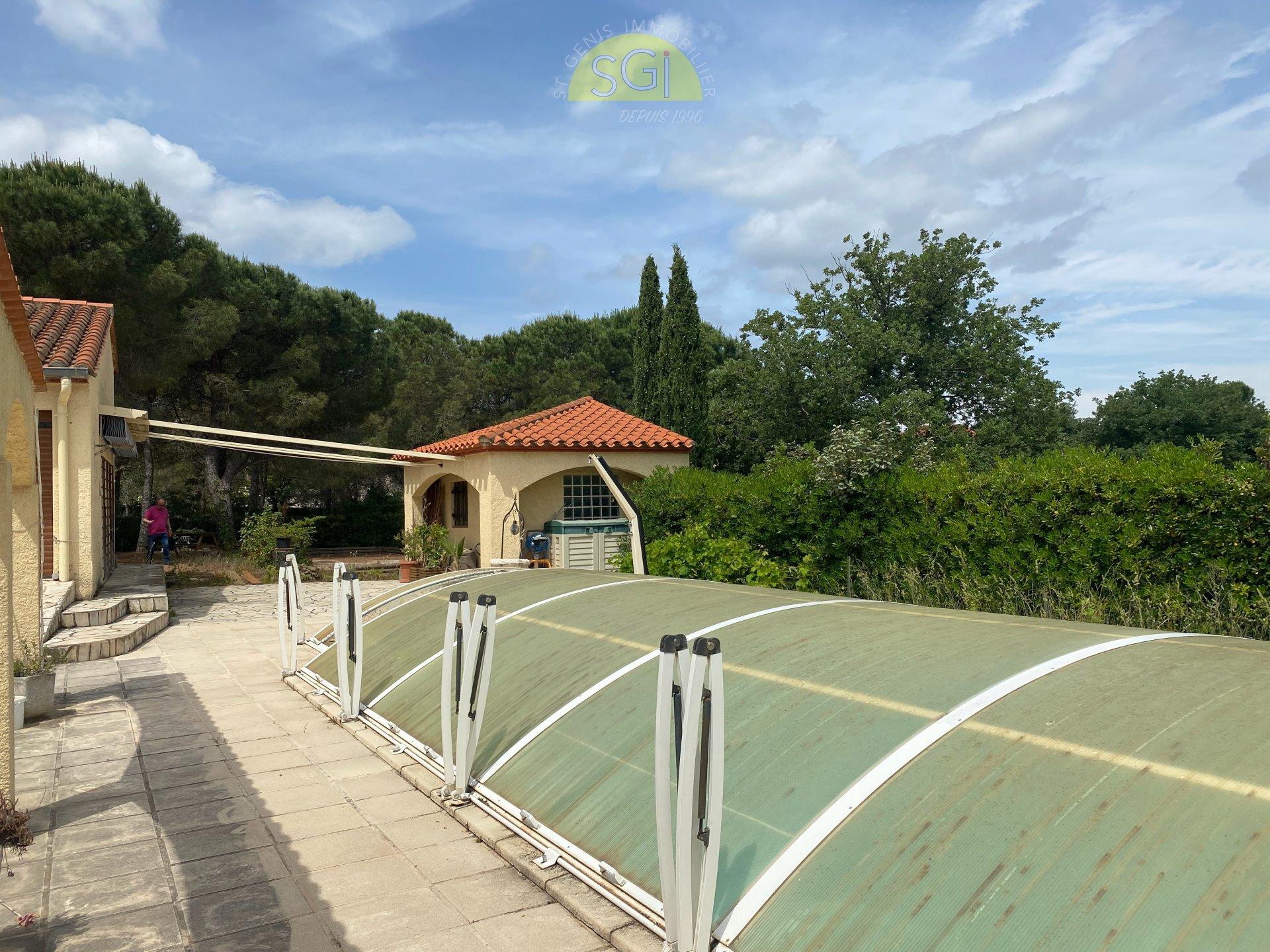 Villa 4 faces sur 1 967 m2 de terrain