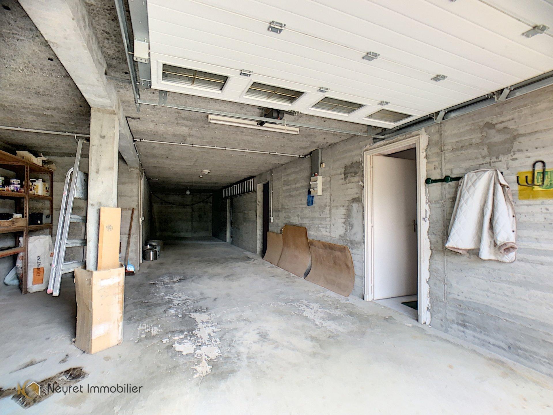 Maison de plain-pied + sous-sol