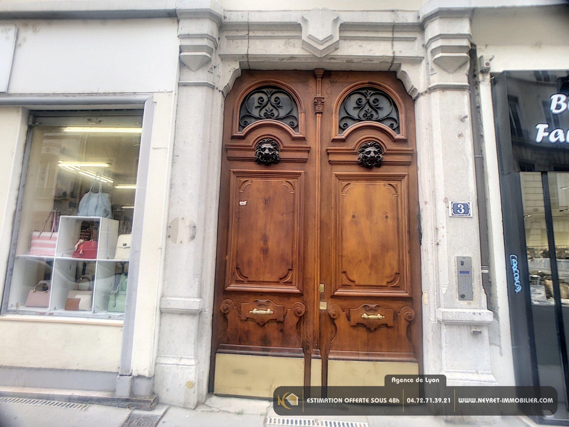 GRAND T1 BIS secteur Place Maréchal Lyautey