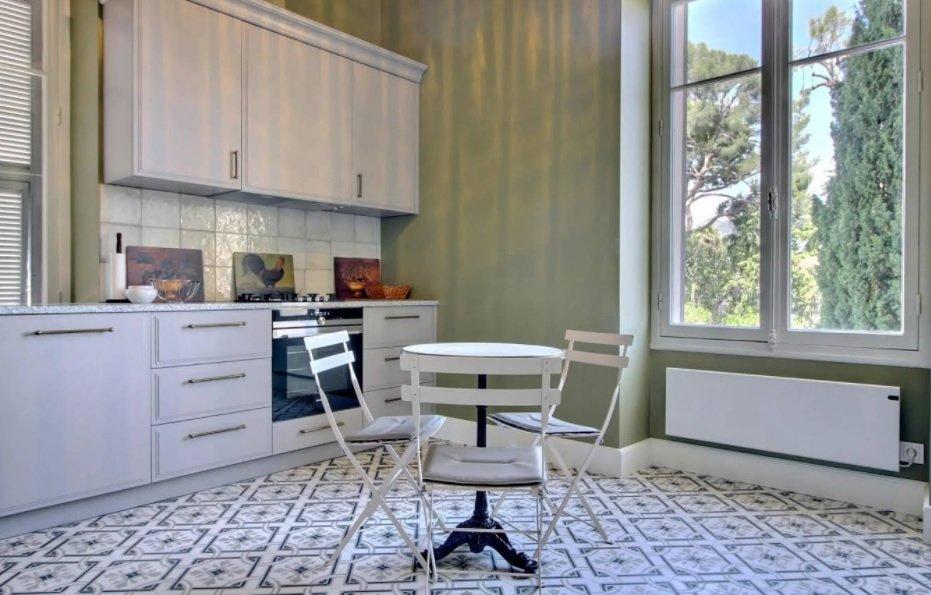 Roquebrune-Cap-Martin-Magnifique appartement bourgeois