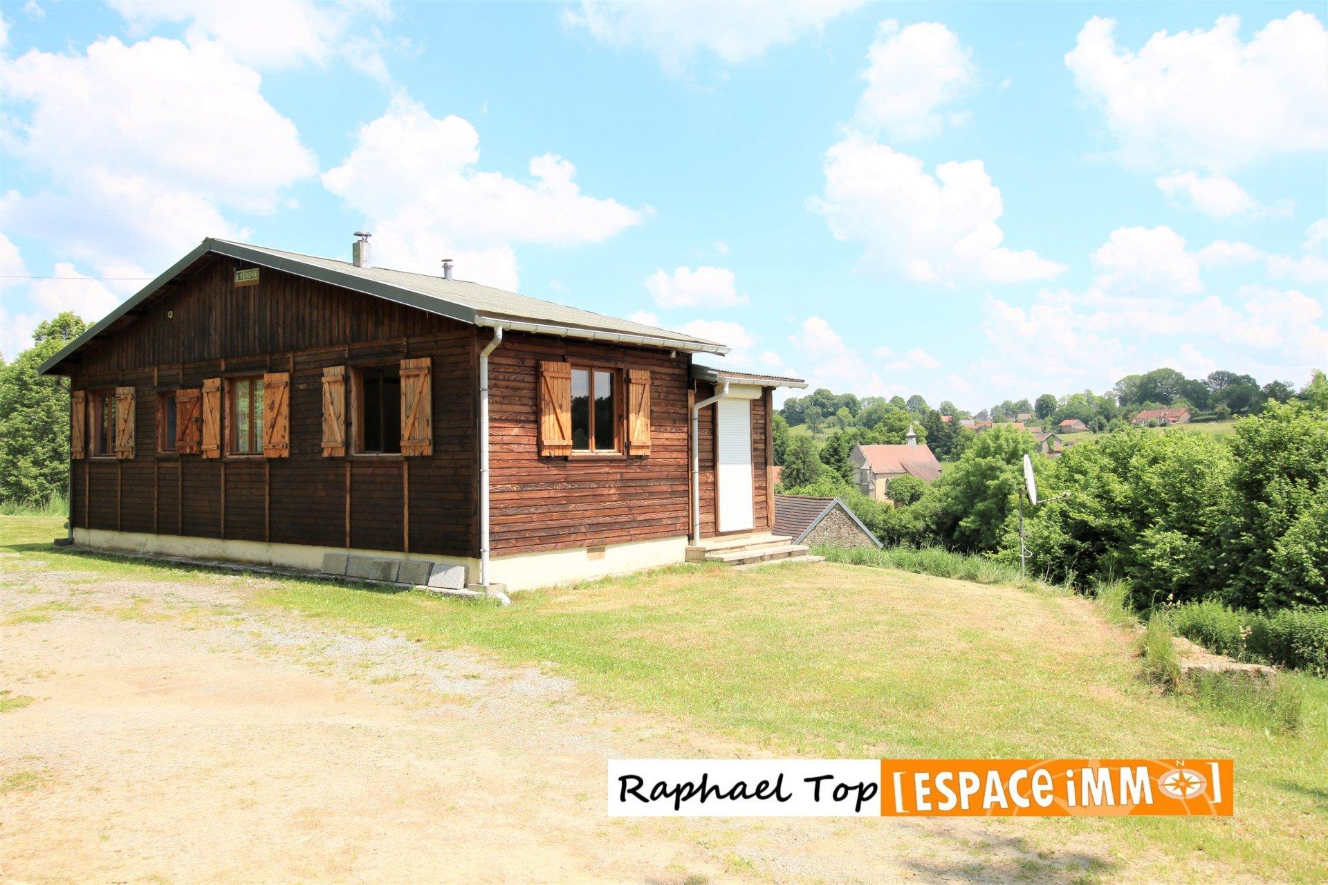 Plus de 6 hectares de terrain avec maison bois et dépendances