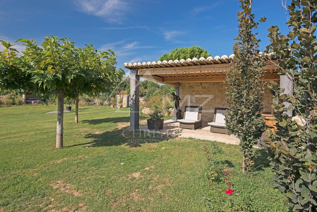 Additional photo for property listing at Sale - Mas Lourmarin  Lourmarin, Provincia - Alpes - Costa Azul,84160 Francia