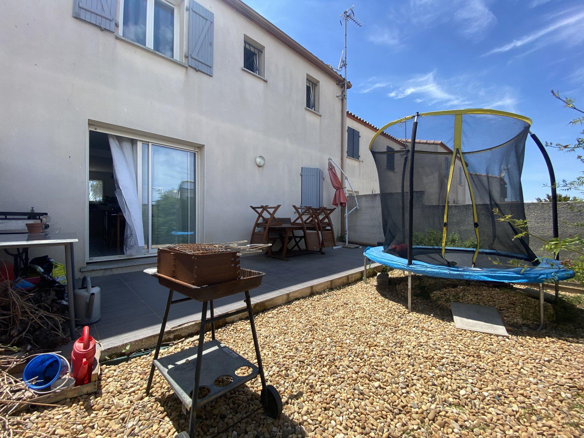 Agreable Villa T4 avec jardin et garage.