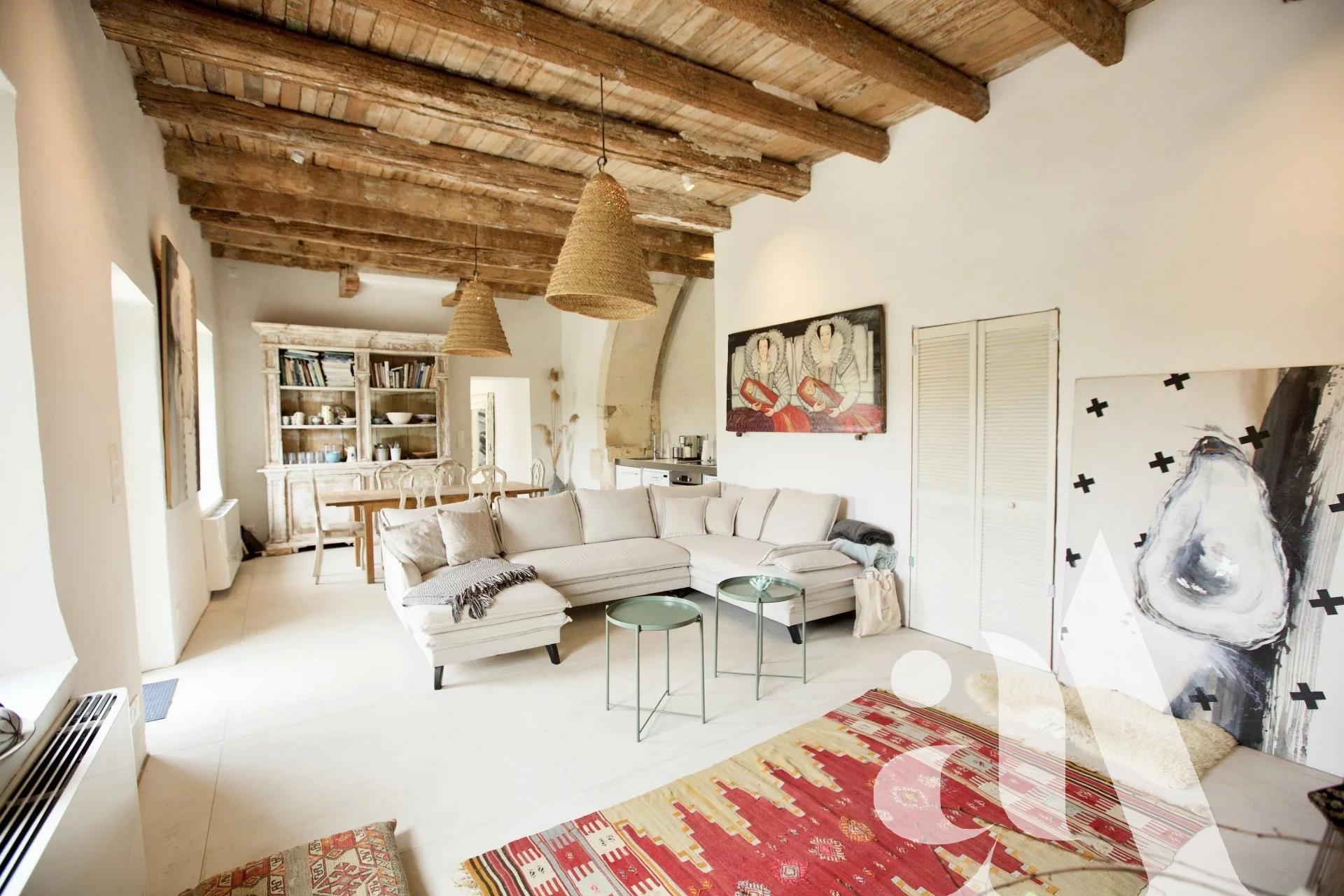 MAS LA TAULIERE - SAINT-MARTIN DE CRAU - ALPILLES - 7 bedrooms- 14 peoples