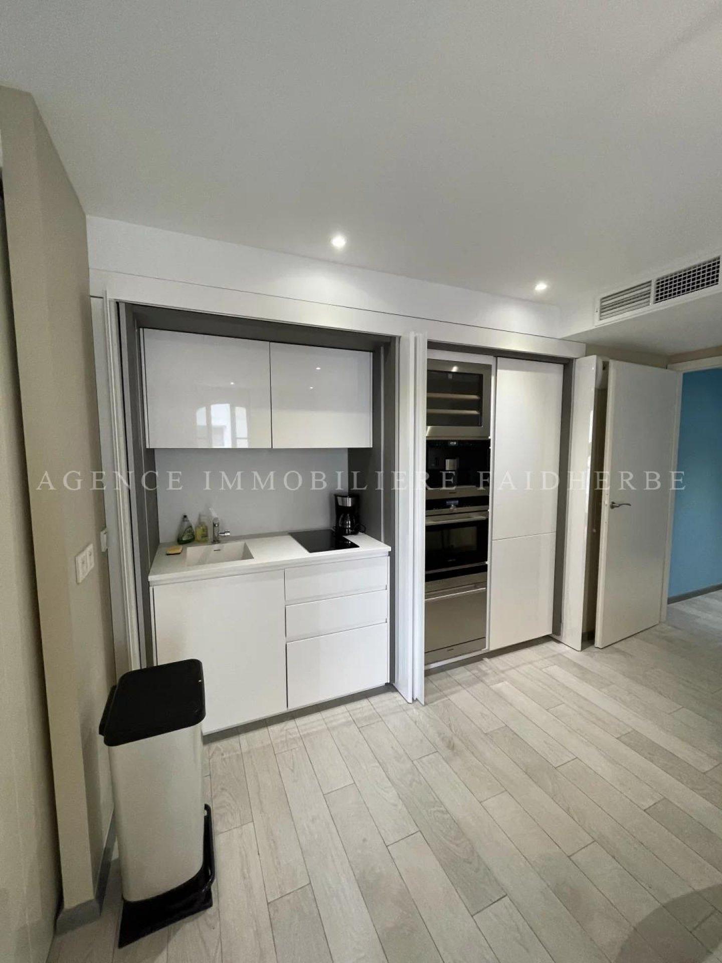 Seasonal rental Apartment - Saint-Tropez Centre