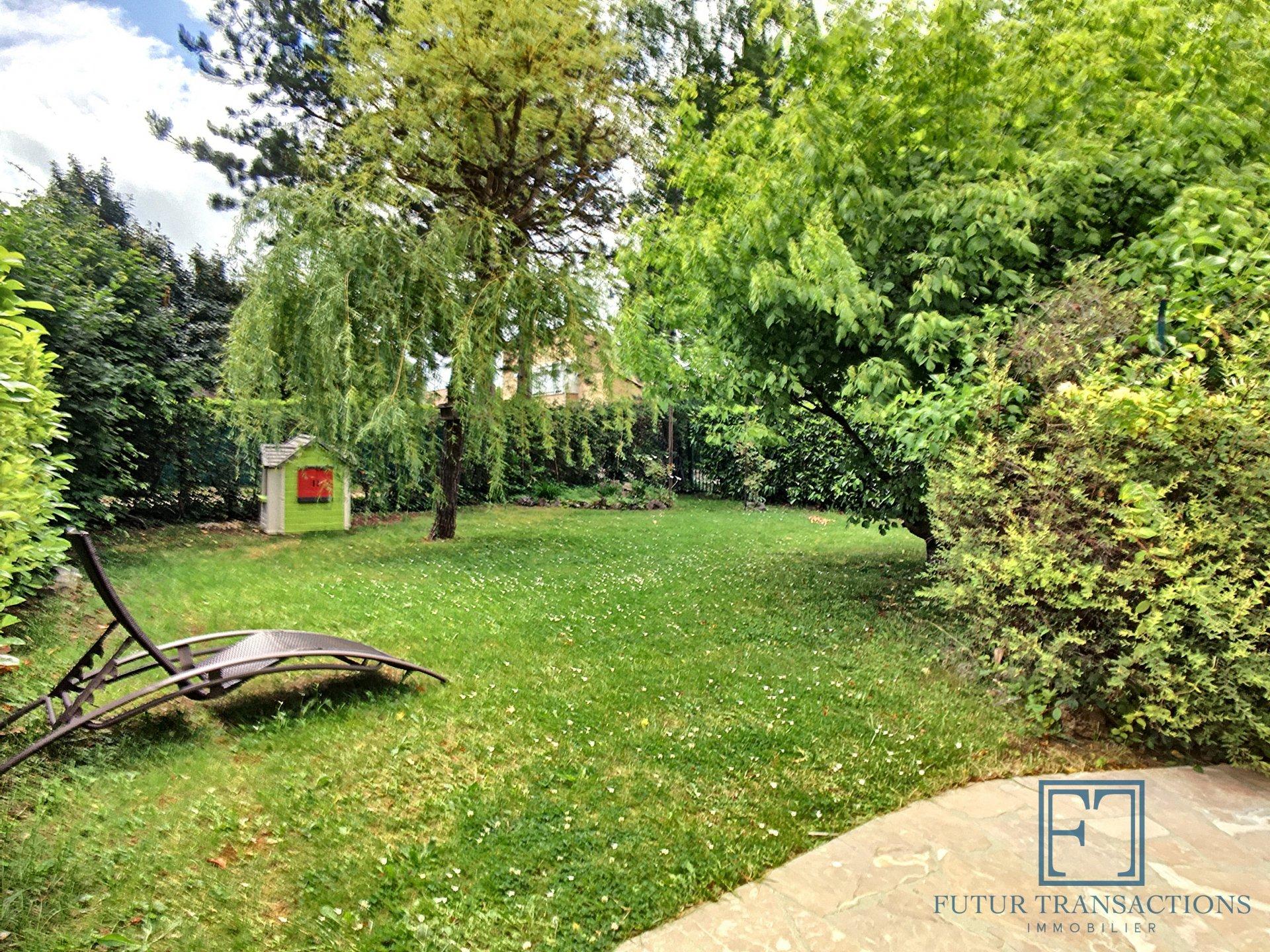 Maison 6 pièces 126 m² avec jardin