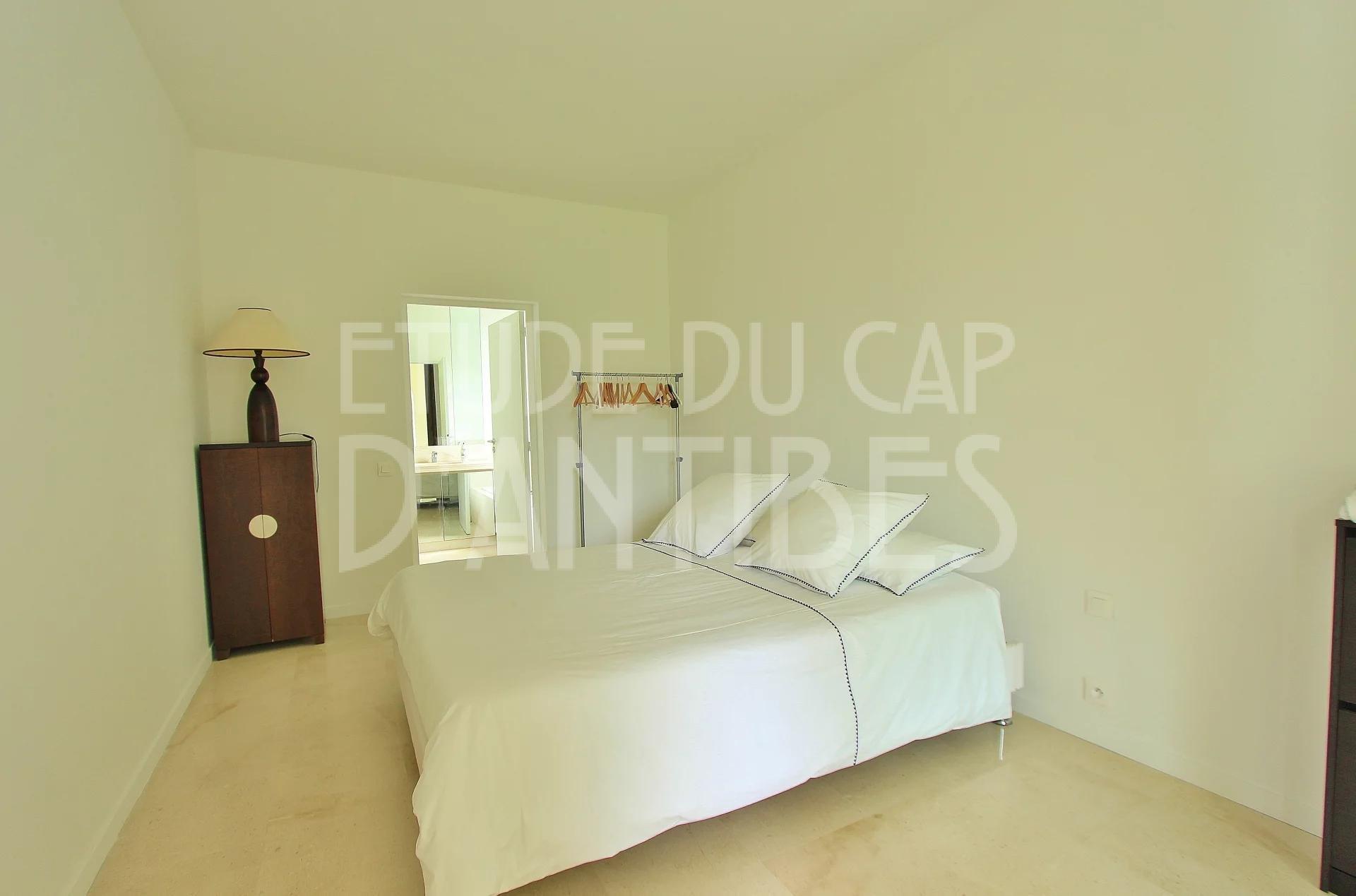 Кап д Антиб - Вилла на  аренду- Вид на море