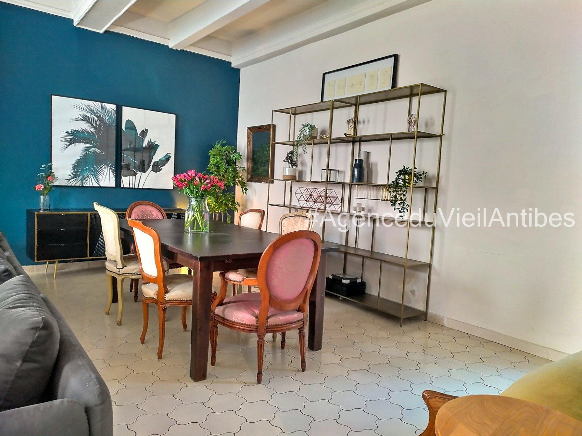 MAGNIFIQUE 4P 96 m² VIEIL ANTIBES