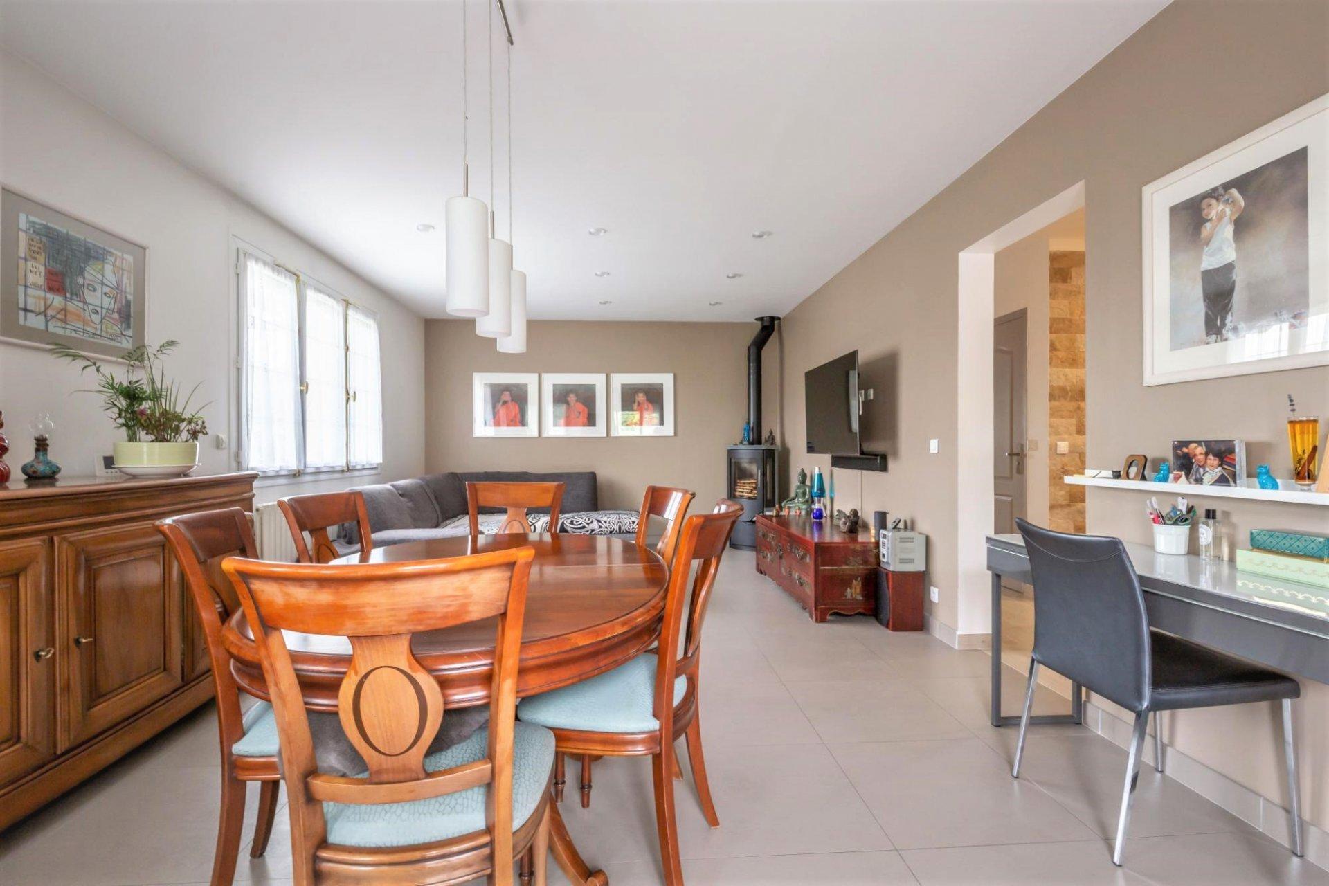 Maison 6 pièces 150 m² 4 chambres face Marne