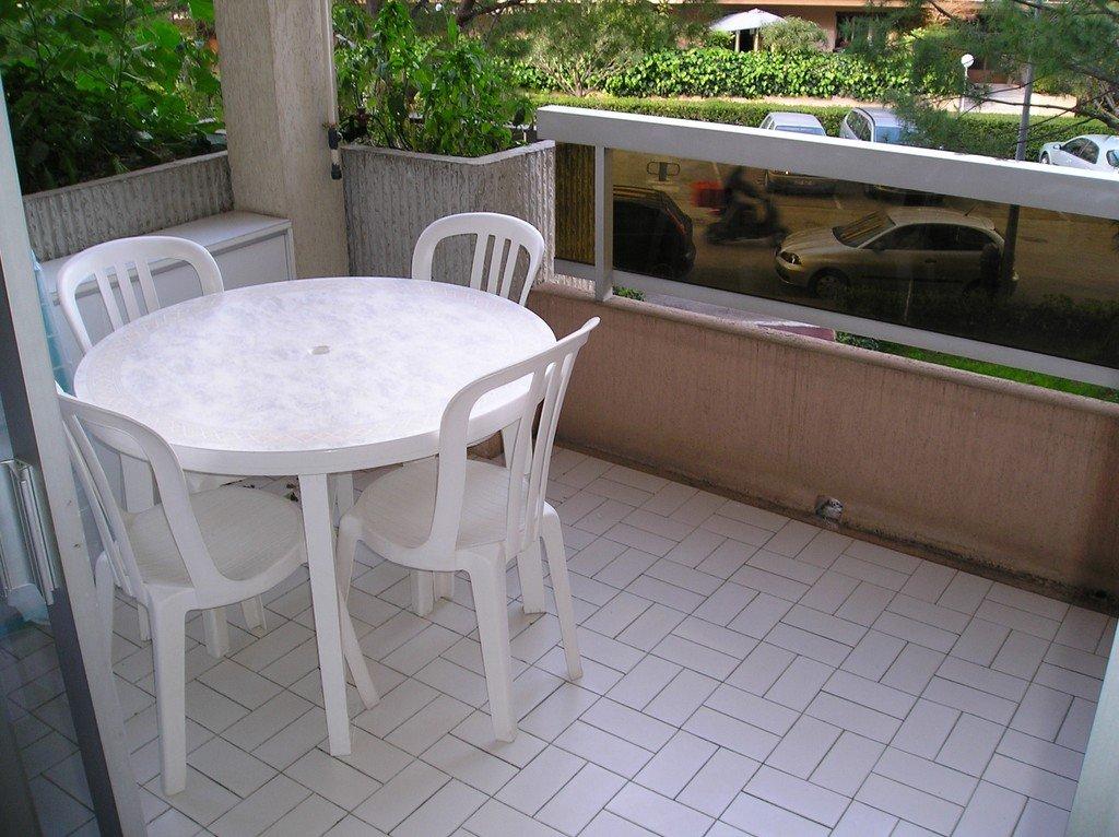 Studio avec terrasse RCM
