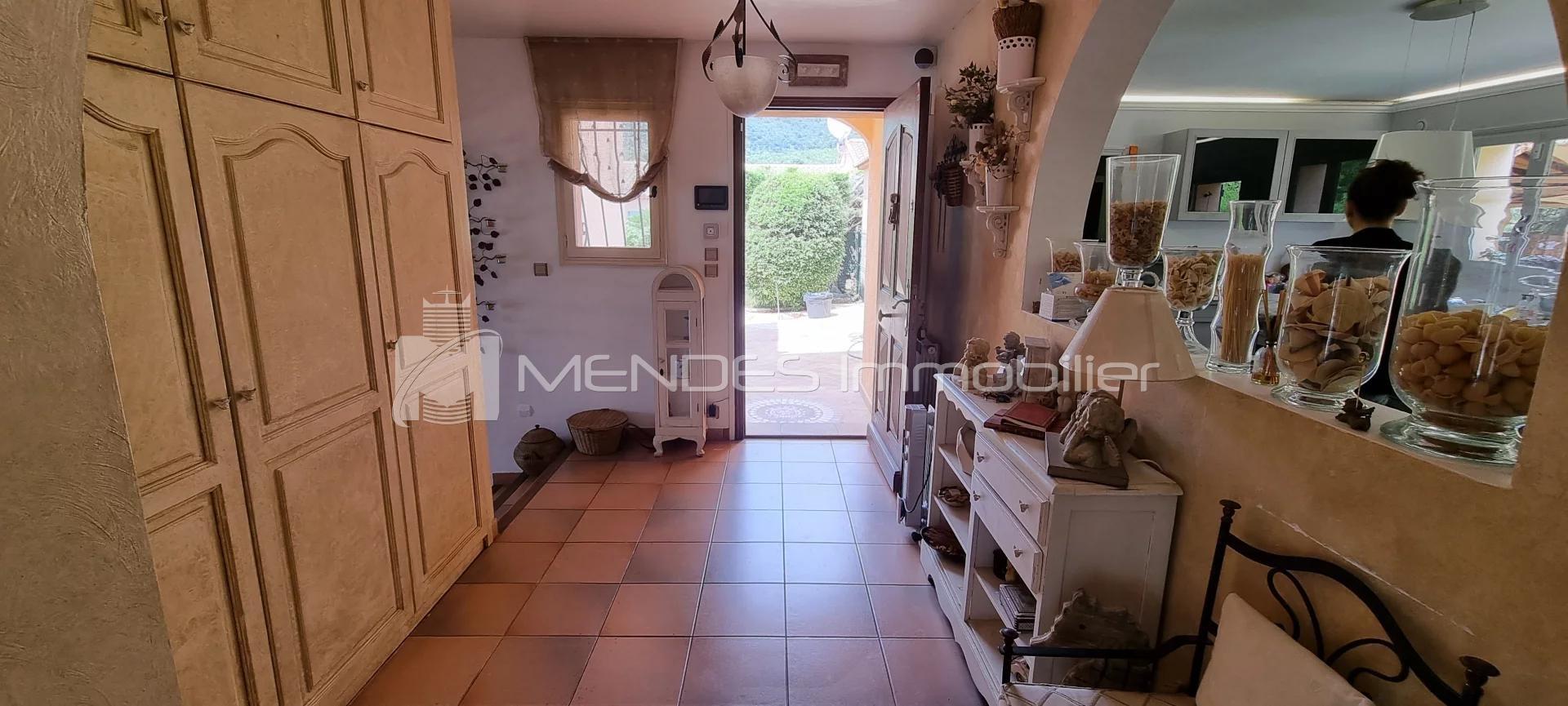 Försäljning Villa - La Turbie