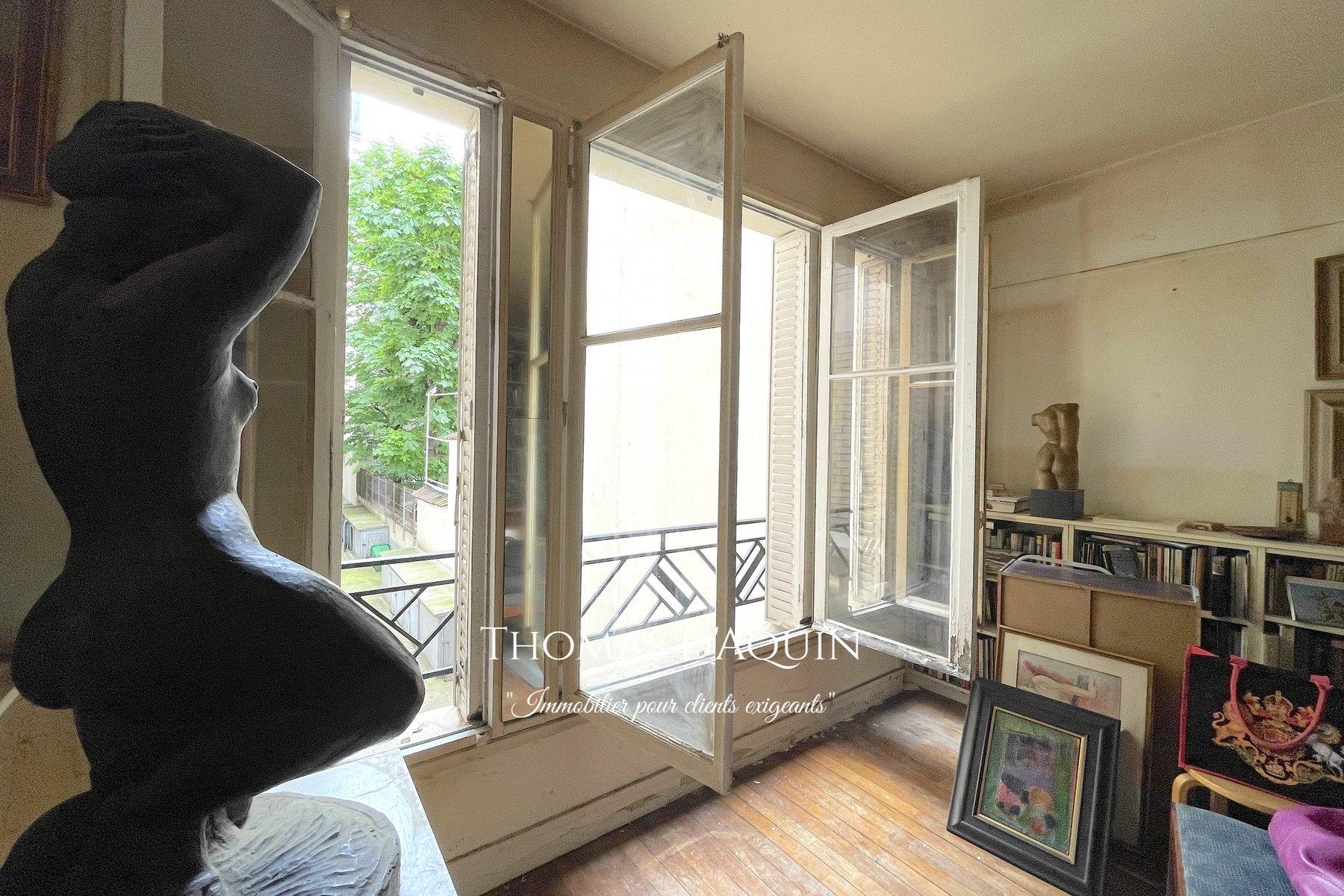 Sale Apartment - Paris 17th (Paris 17ème) Épinettes