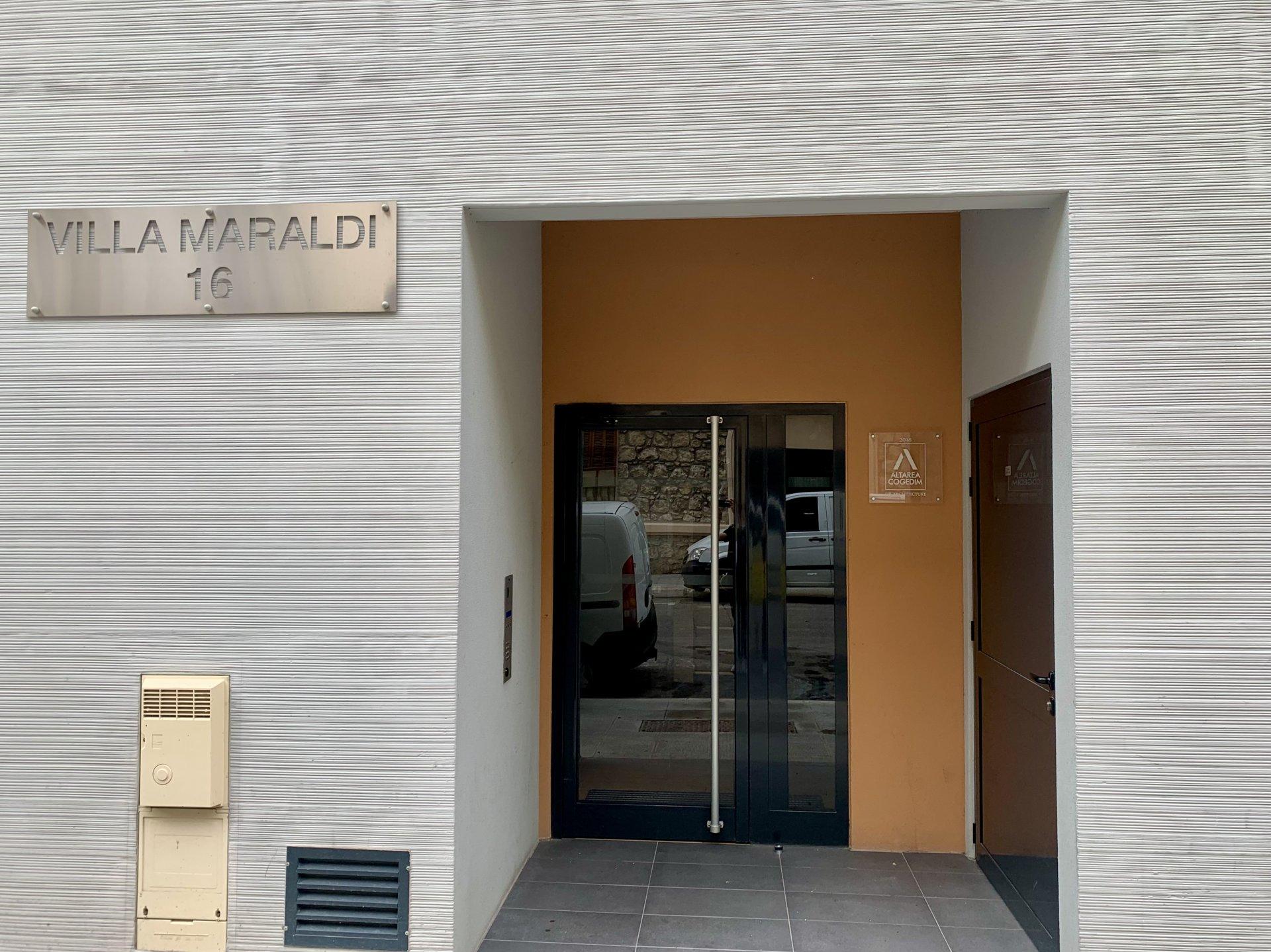 SPACIEUX STUDIO - ÉTAT PARFAIT - QUARTIER RÉPUBLIQUE