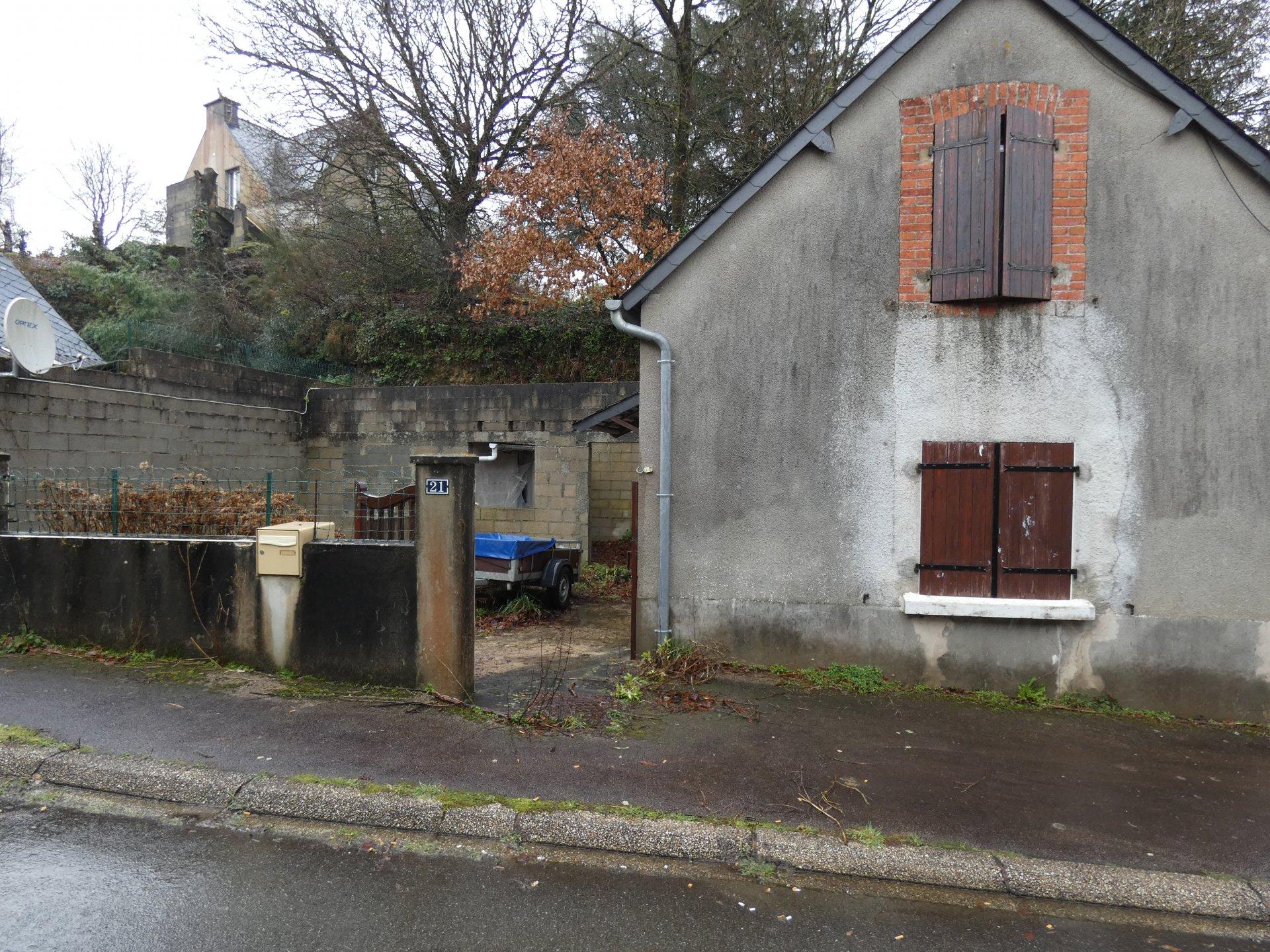 Petite maison à 2mn de CARHAIX