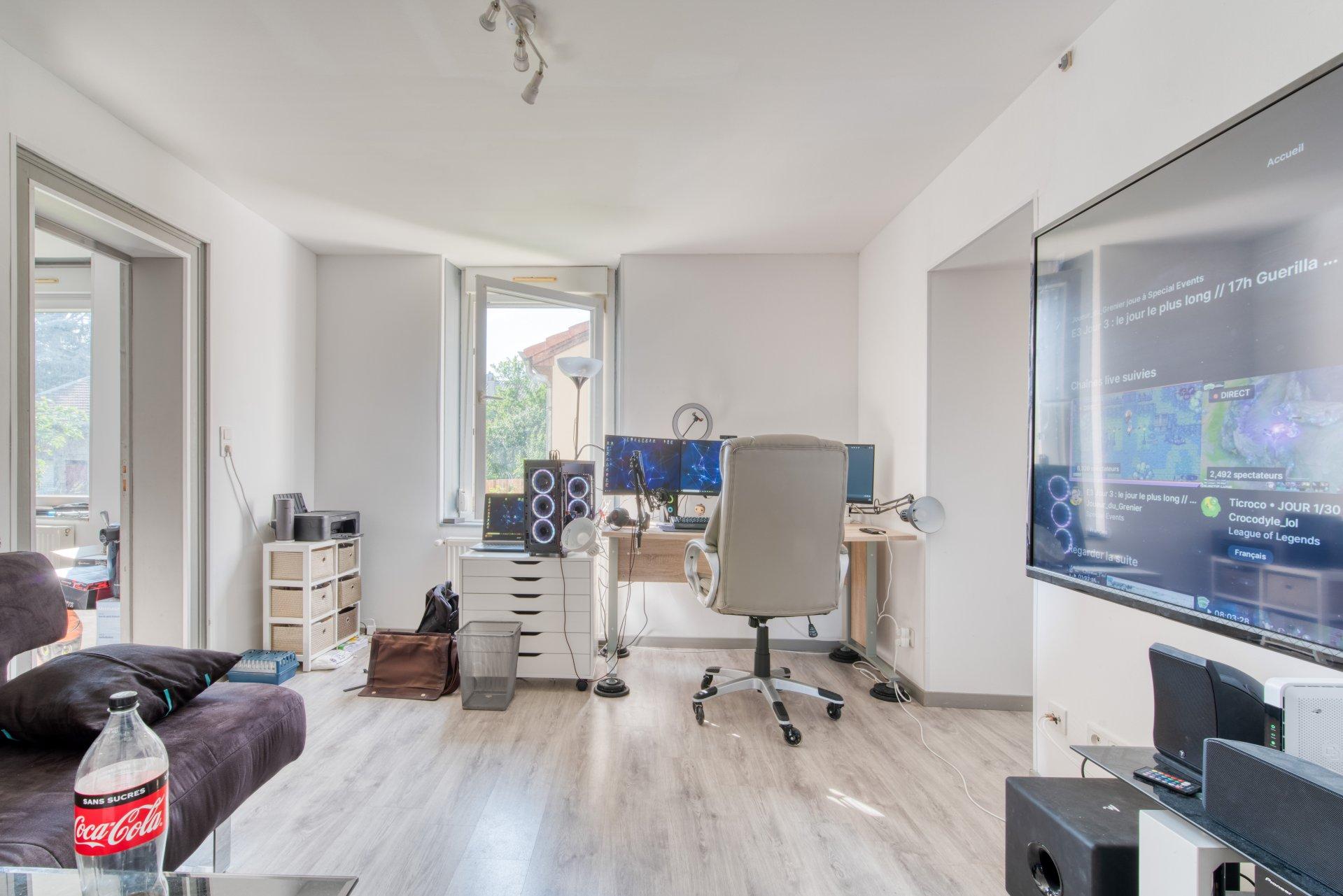 Продажа Здание - Auboué