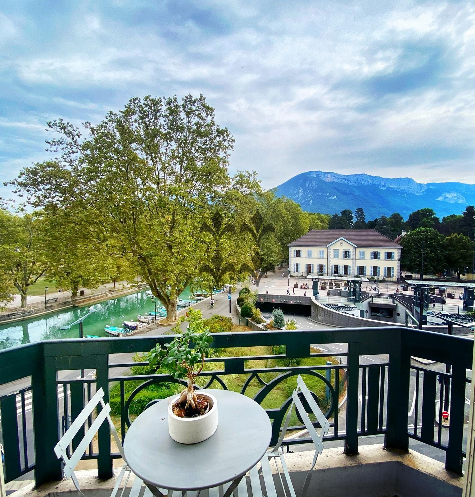 Sale Apartment - Annecy Centre-ville - Vieille Ville - Marquisats