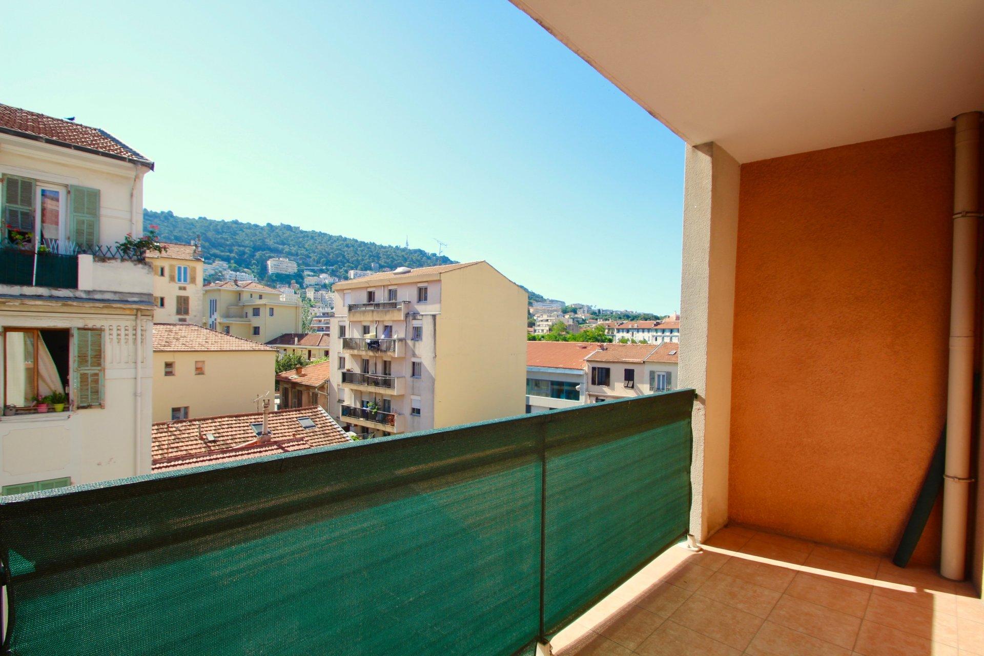 Location Appartement - Nice Saint Jean d'Angély