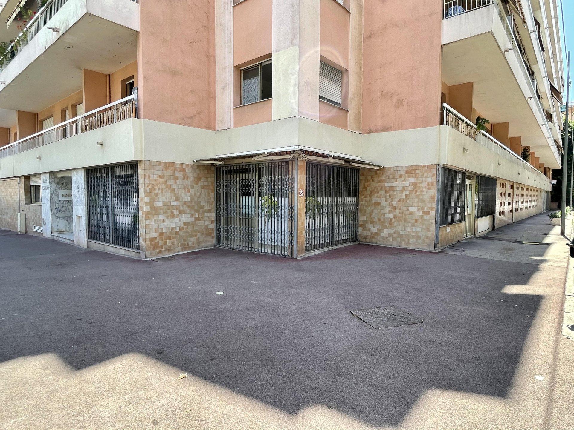 Local commercial 90 m² en plein coeur de Juan les Pins