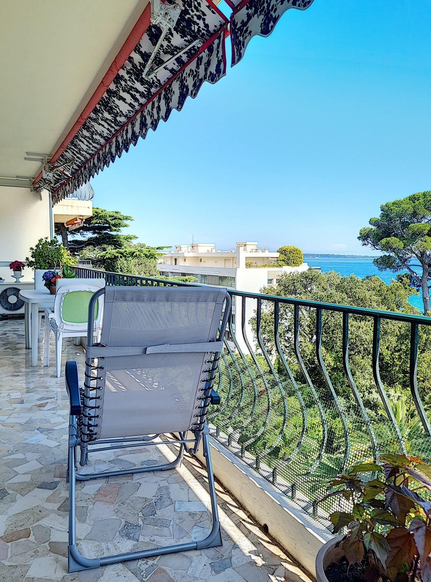 2 Pièces avec Terrasse et  Vue Mer Panoramique