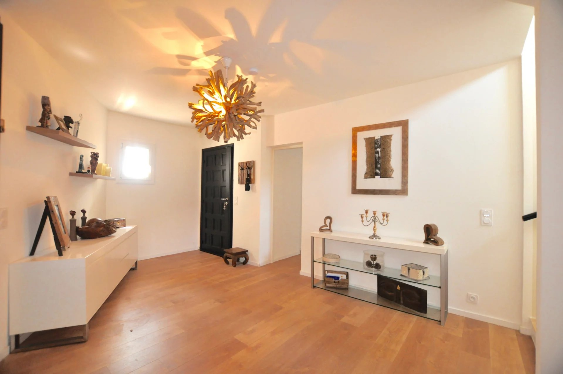 COLOMARS: 140sqm RENOVATED HOUSE with GARDEN